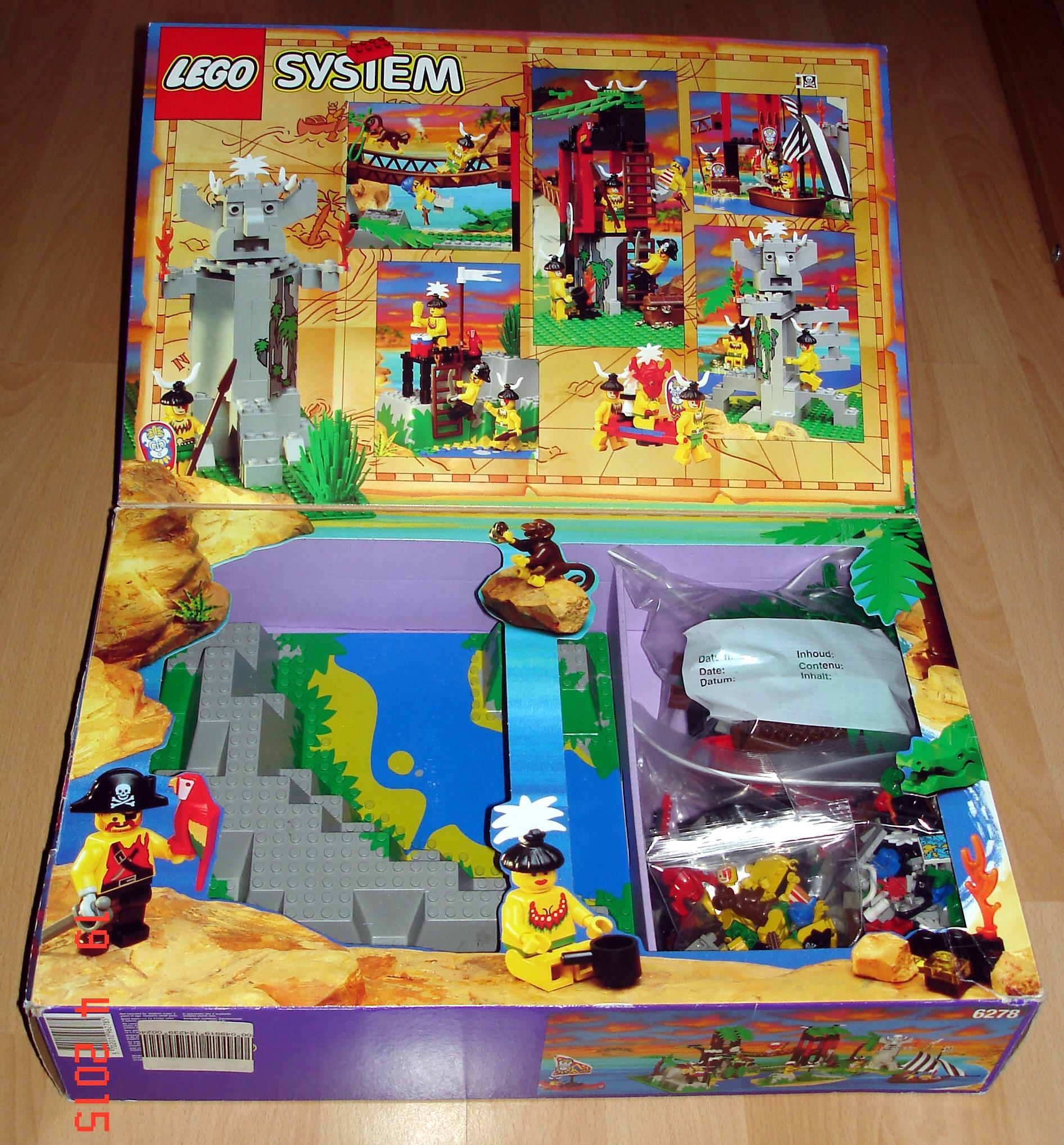 lego 6278 flap open.jpg ...