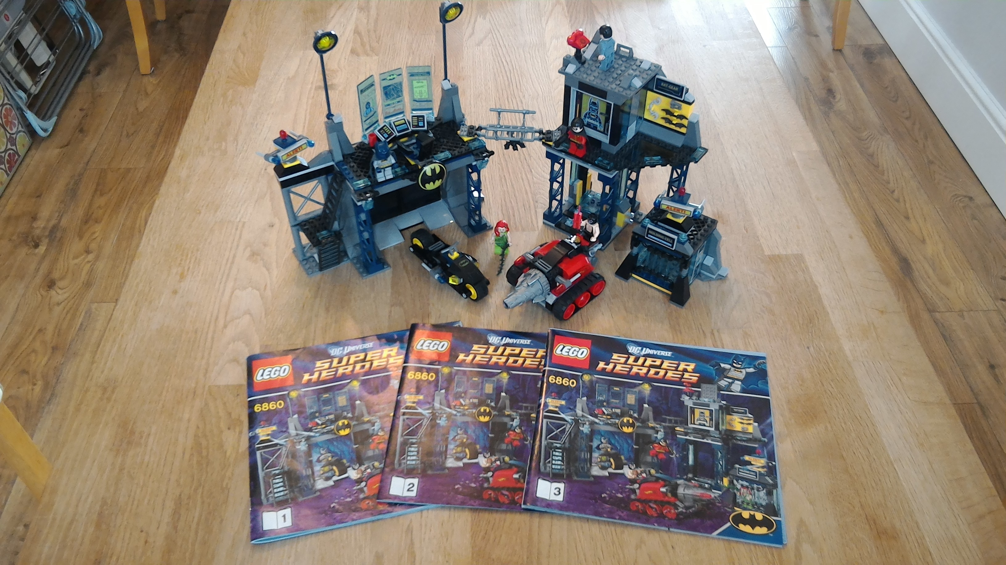 UK] FOR SALE: Super heroes baggage, funhouse, 2face chase