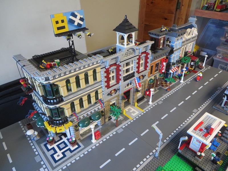 Lego City and Train Layout — Brickset Forum