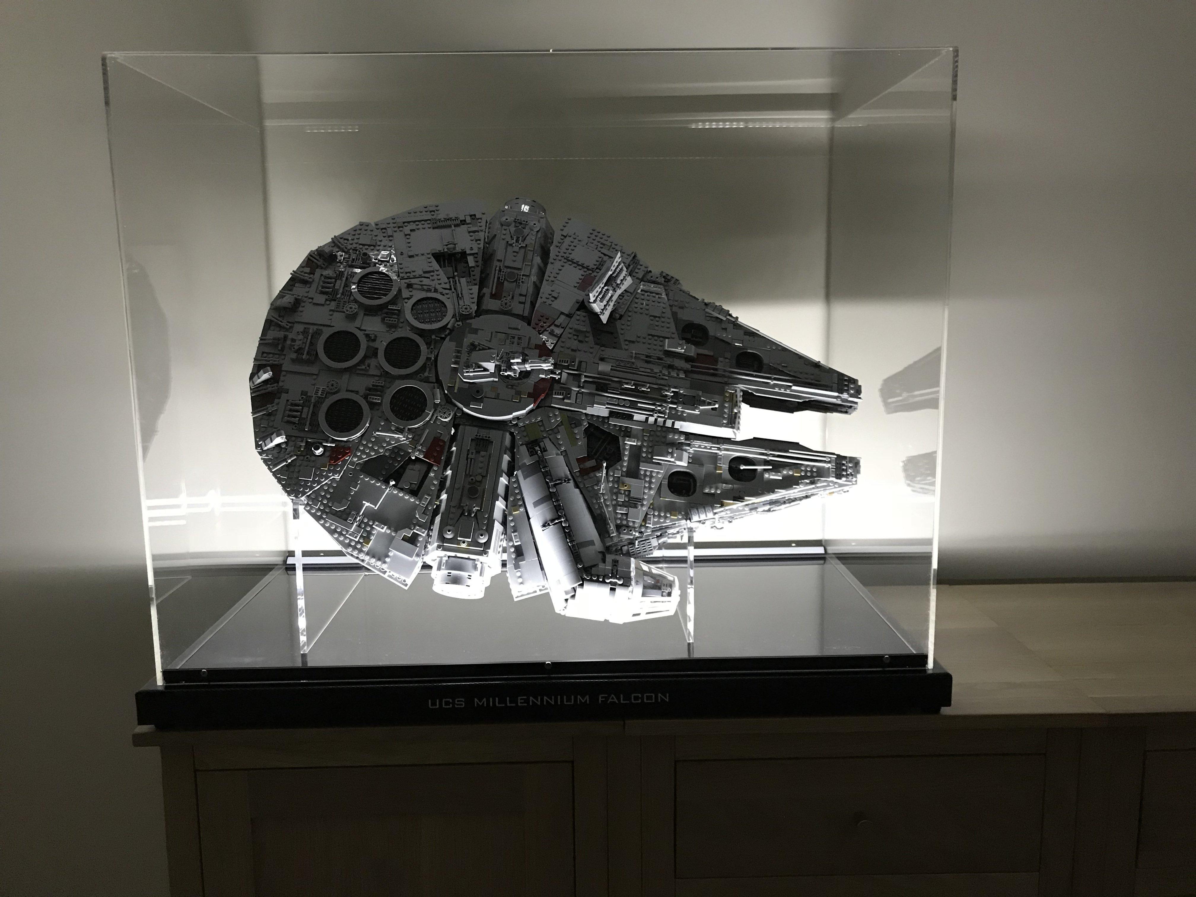 75192 Ucs Millennium Falcon Display Ideas Stands