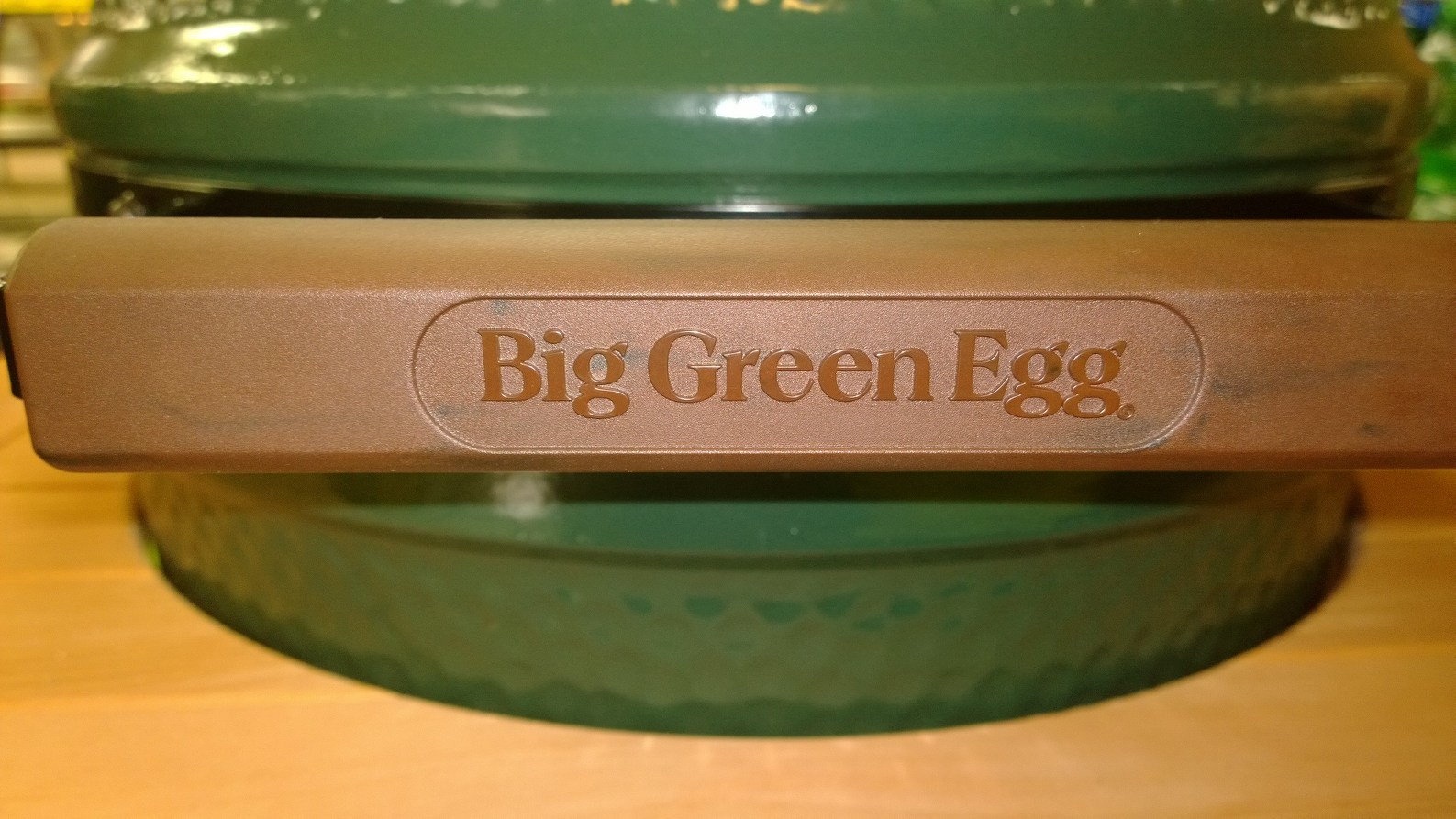 New Eggs Coming With A Plastic Handle Big Green Egg
