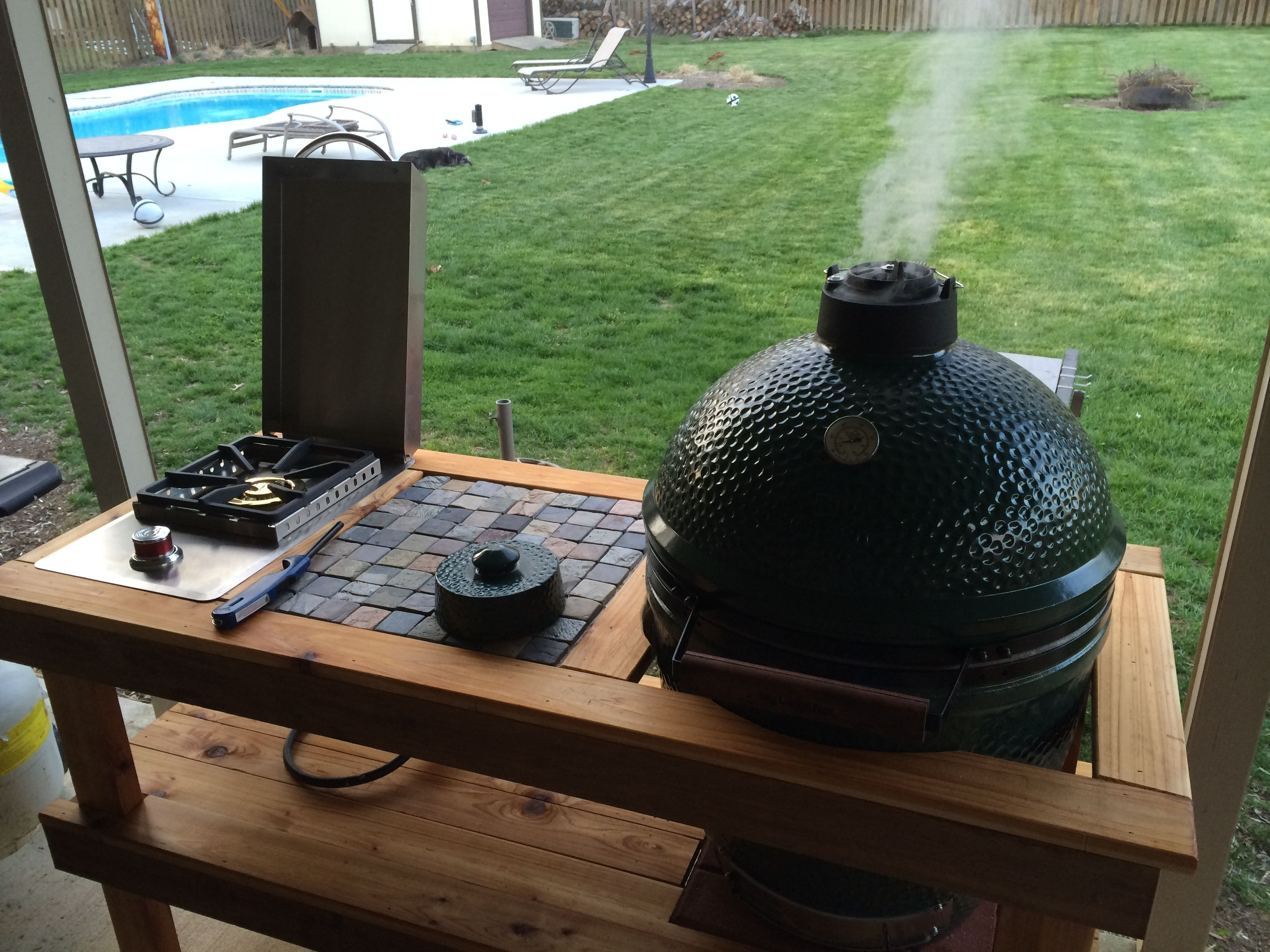 Perfect dimensions for a large bge table big green egg for Perfect kitchen dimensions