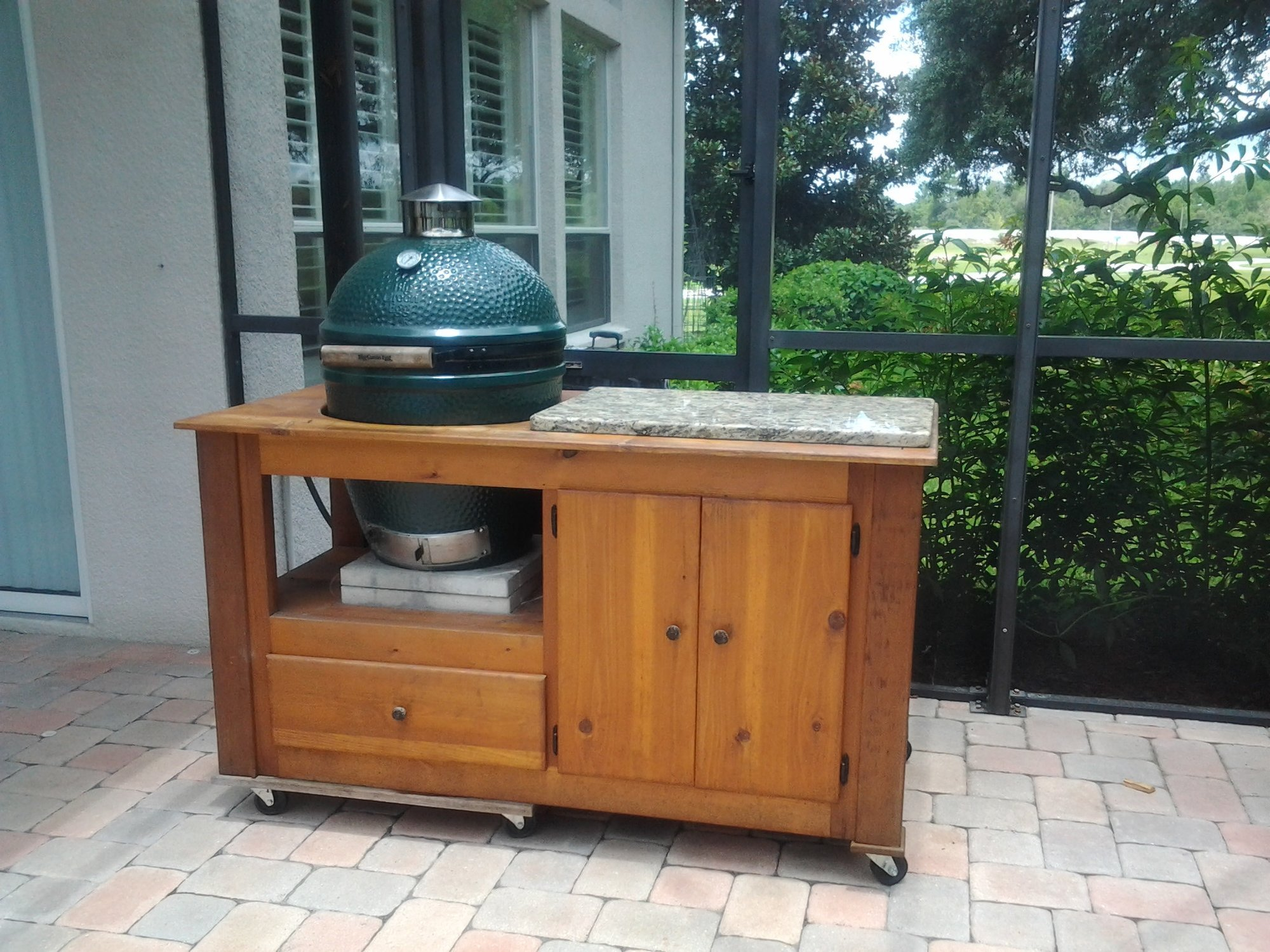Large Green Egg And Custom Table For Sale Tampa Florida