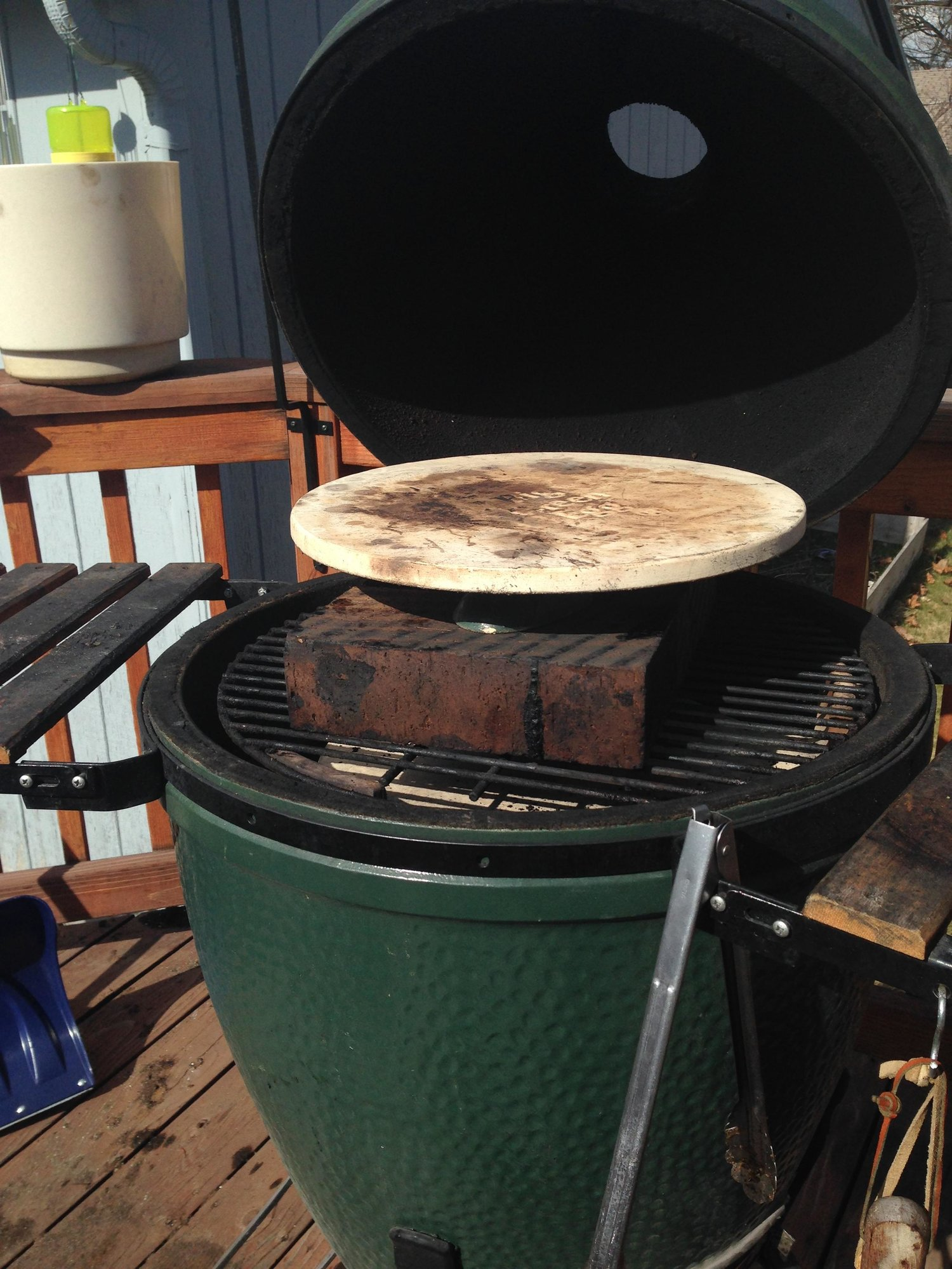 Pizza Stone Does It Make A Difference Big Green Egg