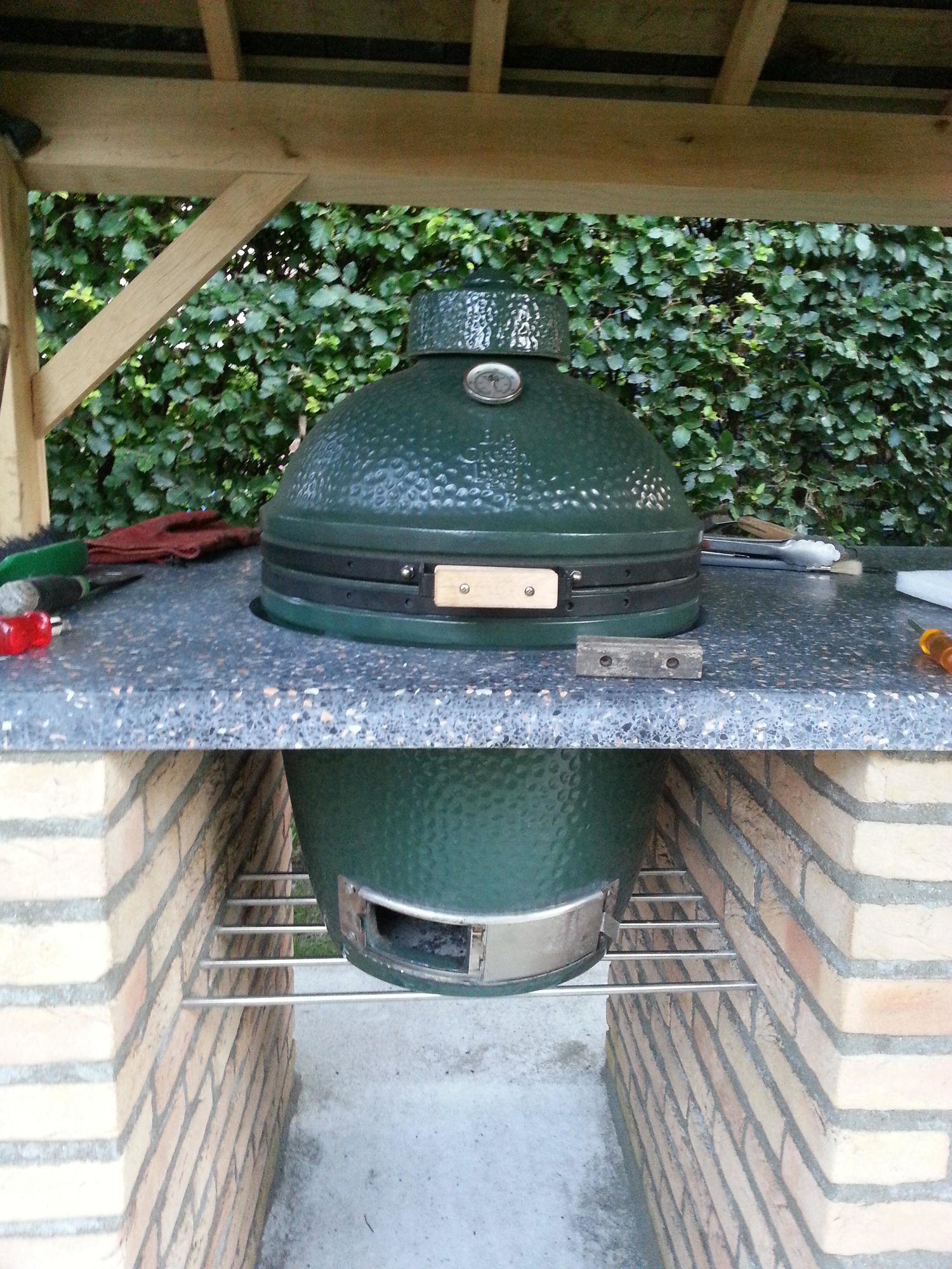 Outdoor kitchen with pizza oven and BGE — Big Green Egg ... on big green egg design, green egg small kitchen ideas, big green egg recipes, big green egg dinner,