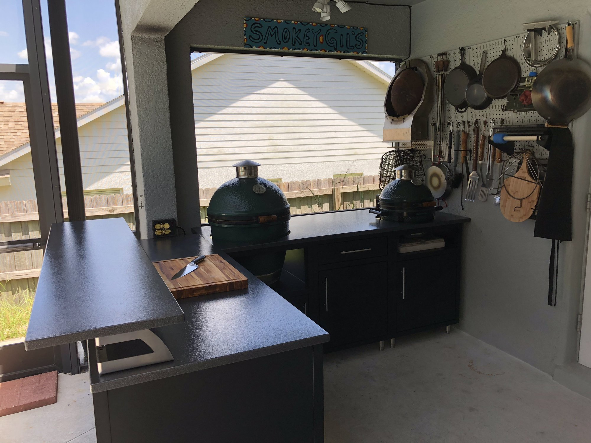 New Challenger Designs Outdoor Kitchen Big Green Egg Egghead