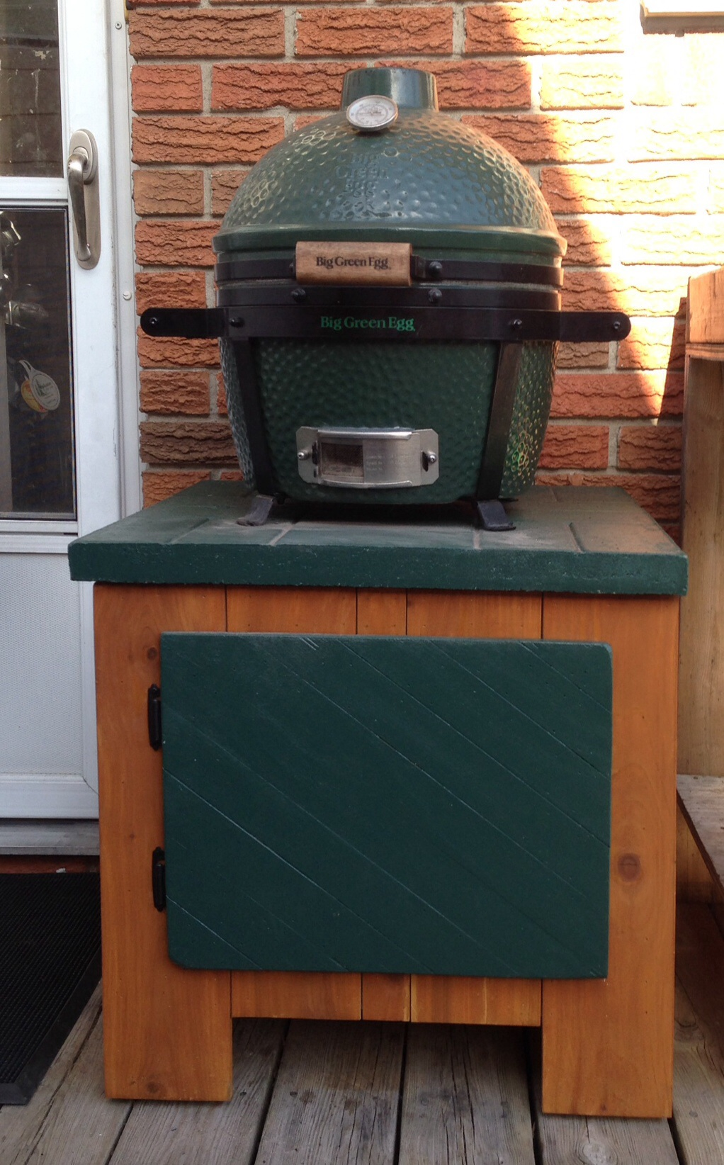 new home for my minimax big green egg egghead forum the ultimate cooking experience. Black Bedroom Furniture Sets. Home Design Ideas