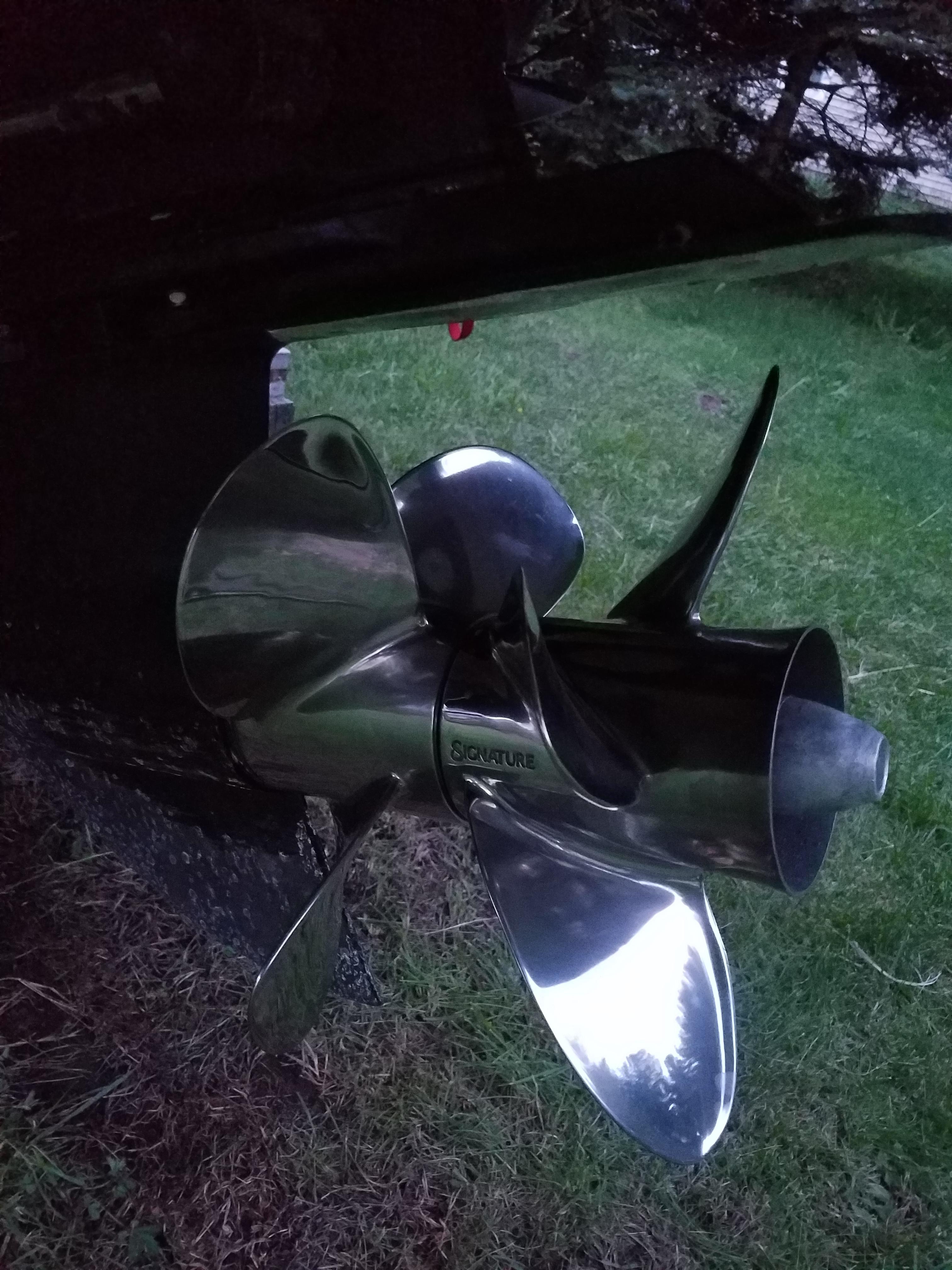 4 blade bravo 3 props? — Rinker Boat Company
