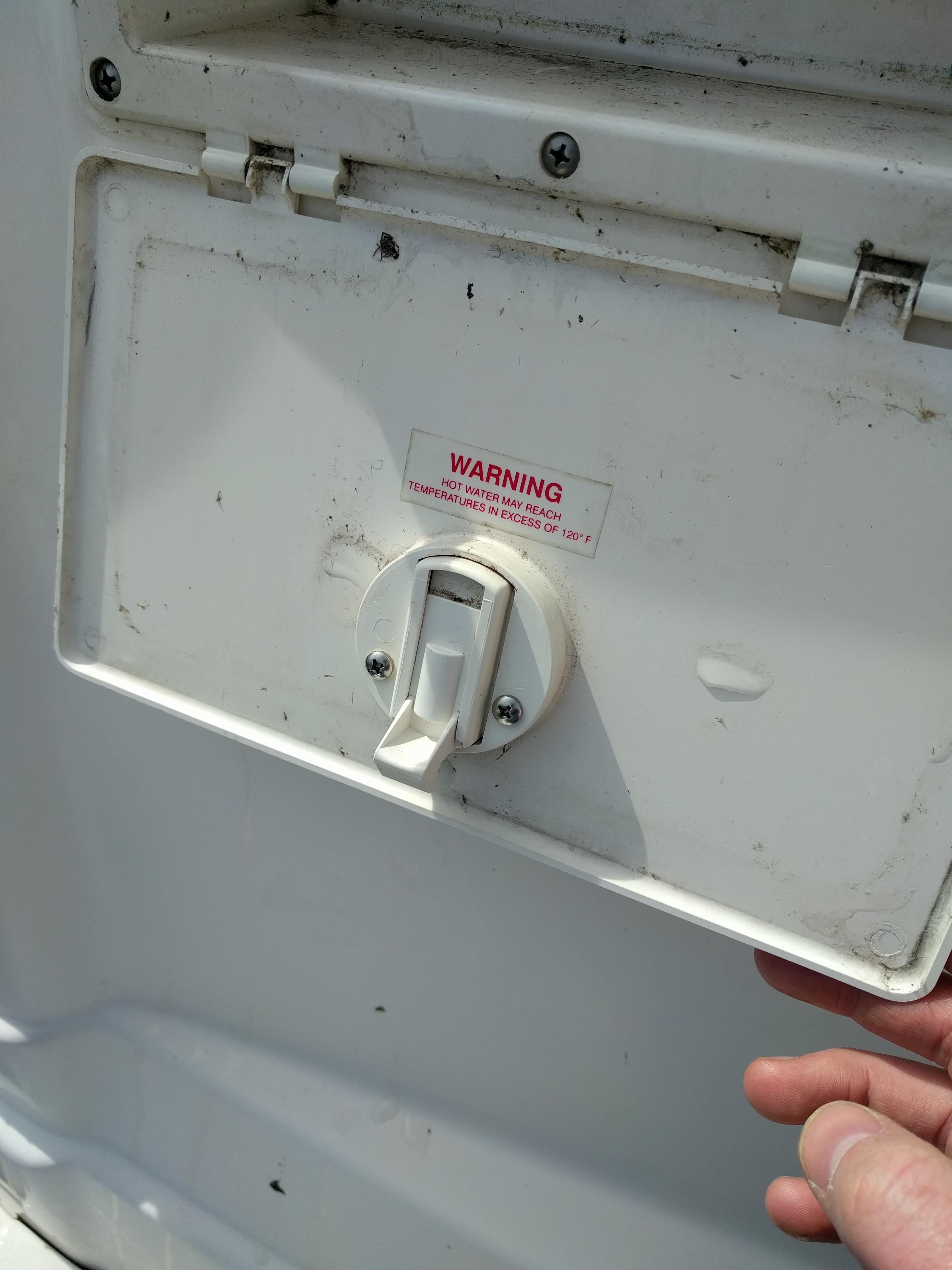 Transom Shower Door Latch Broken Rinker Boats