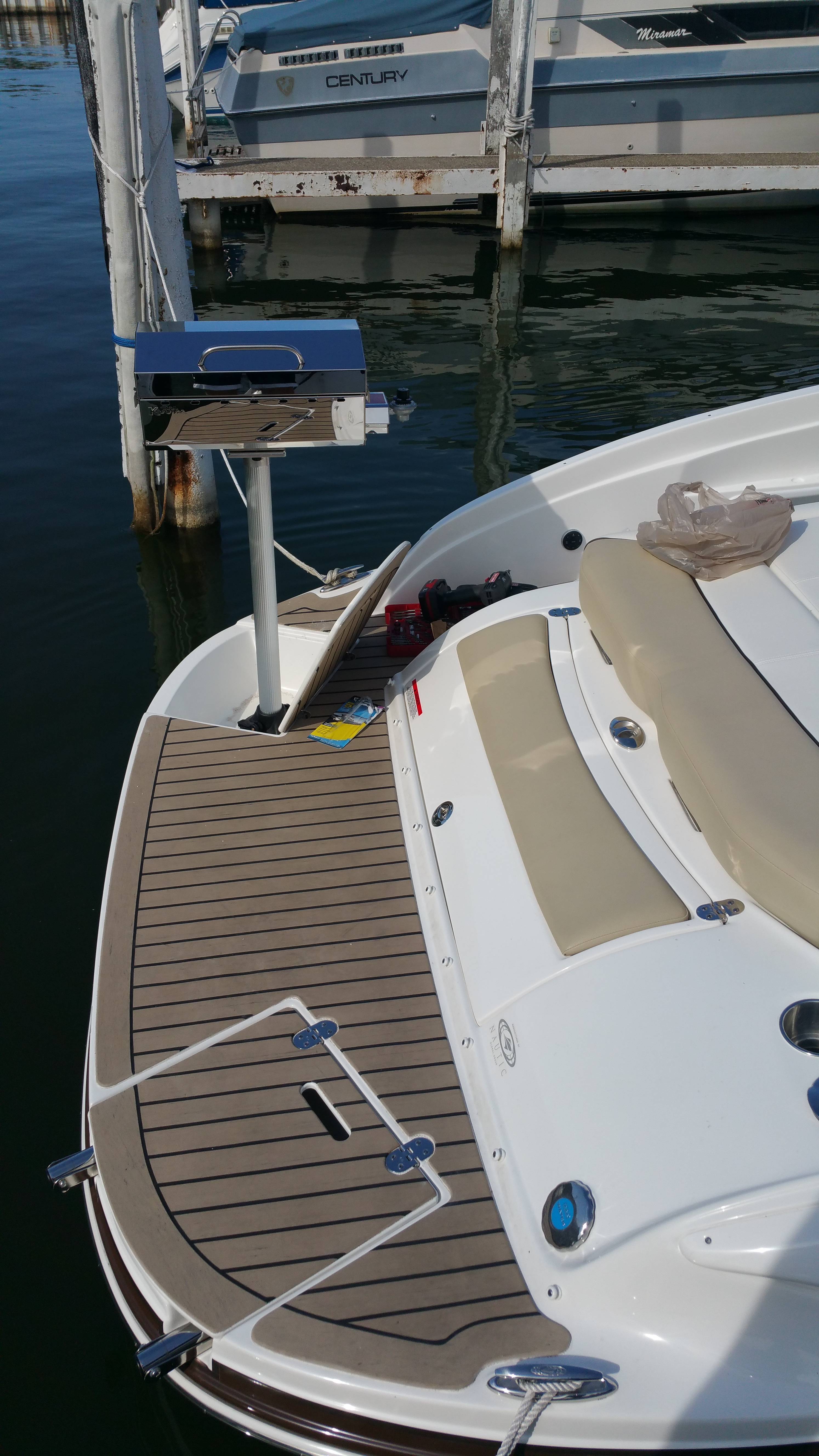 Bbq Grills Rinker Boat Company
