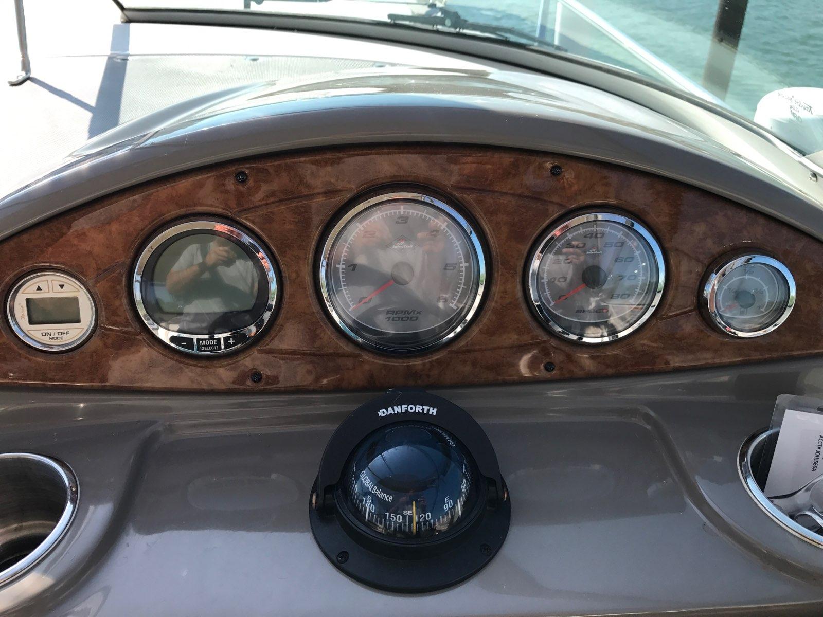 upgrade gauges — Rinker Boat Company