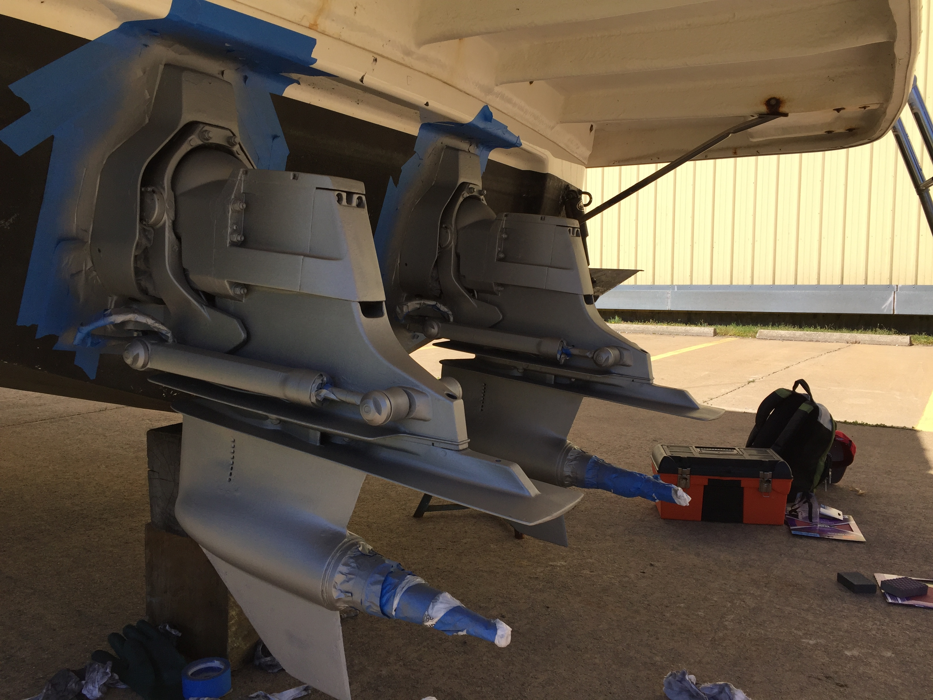 how do i paint outdrives rinker boats image jpeg 2m