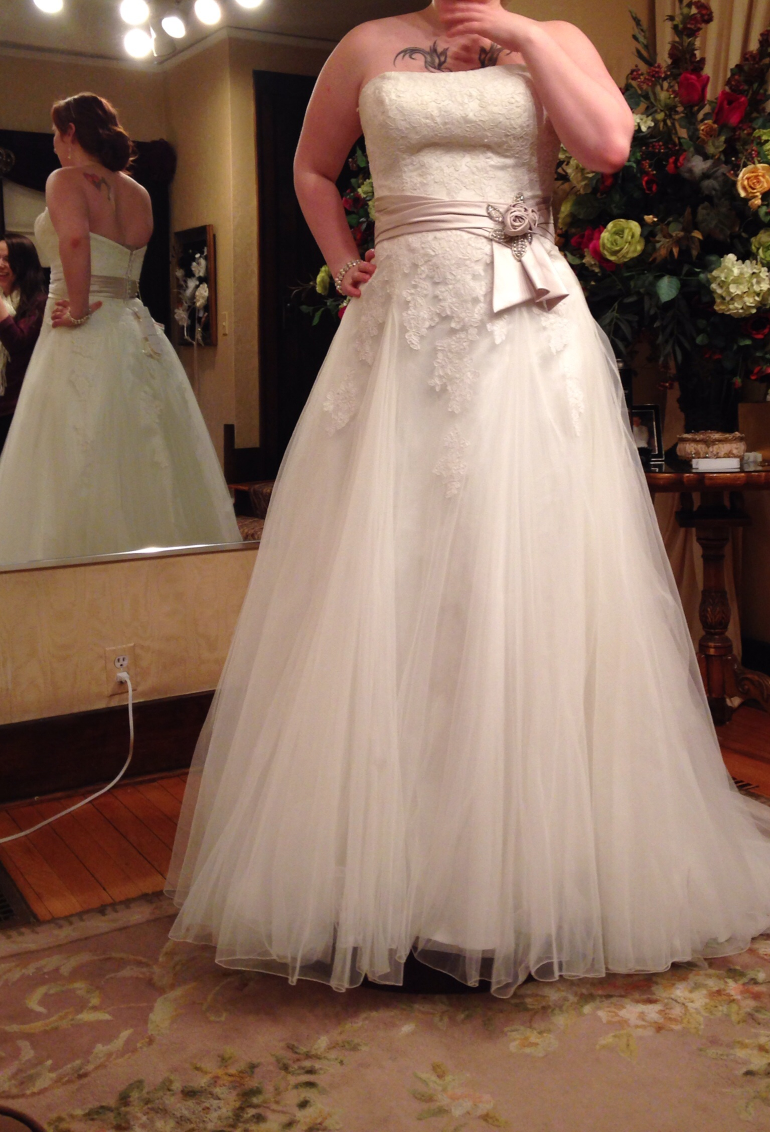 Wedding Dress Alterations Chicago Suburbs : Show us your plus size wedding gown page the knot