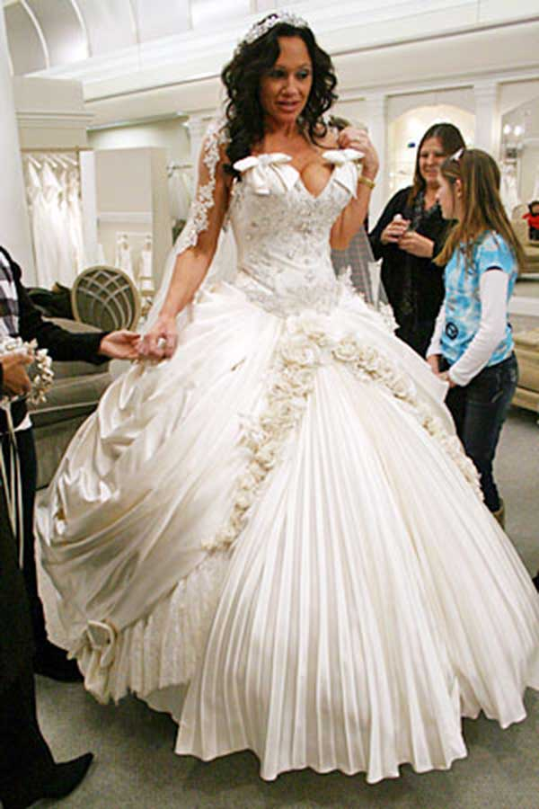 Horrible Wedding Dress Thread Page 2 The Knot