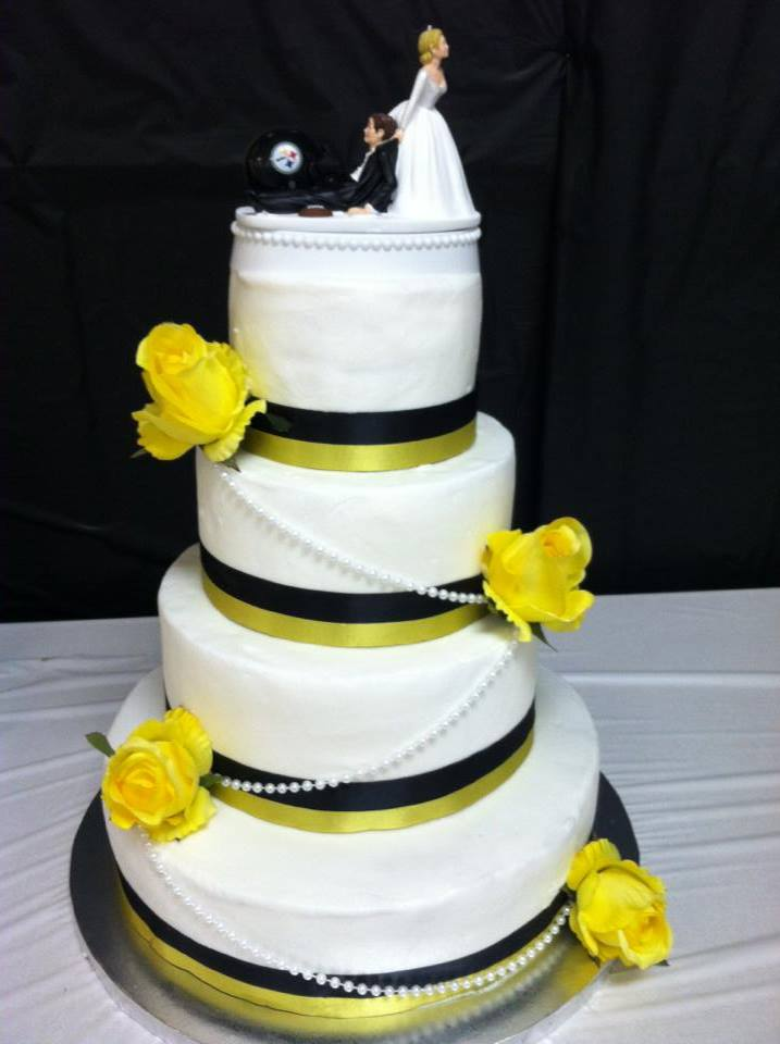wedding cakes pittsburgh steelers themed wedding decor the knot 25287