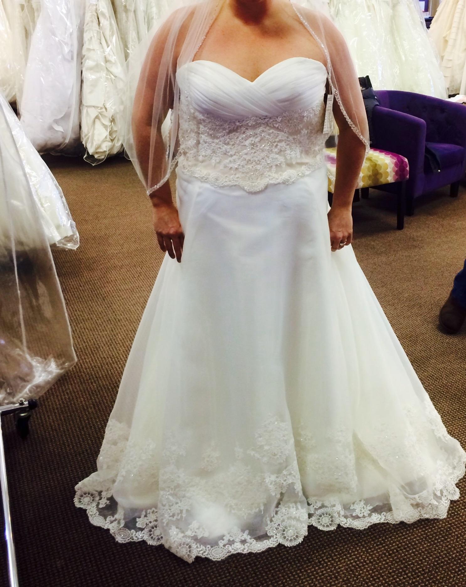 Gorgeous Casablanca Bridal, #1992, Plus Size Wedding Gown For Sale ...
