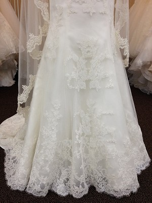 Wedding dress for sale kirstie kelly c1201 size 10 500 kkc1201 6g junglespirit Image collections