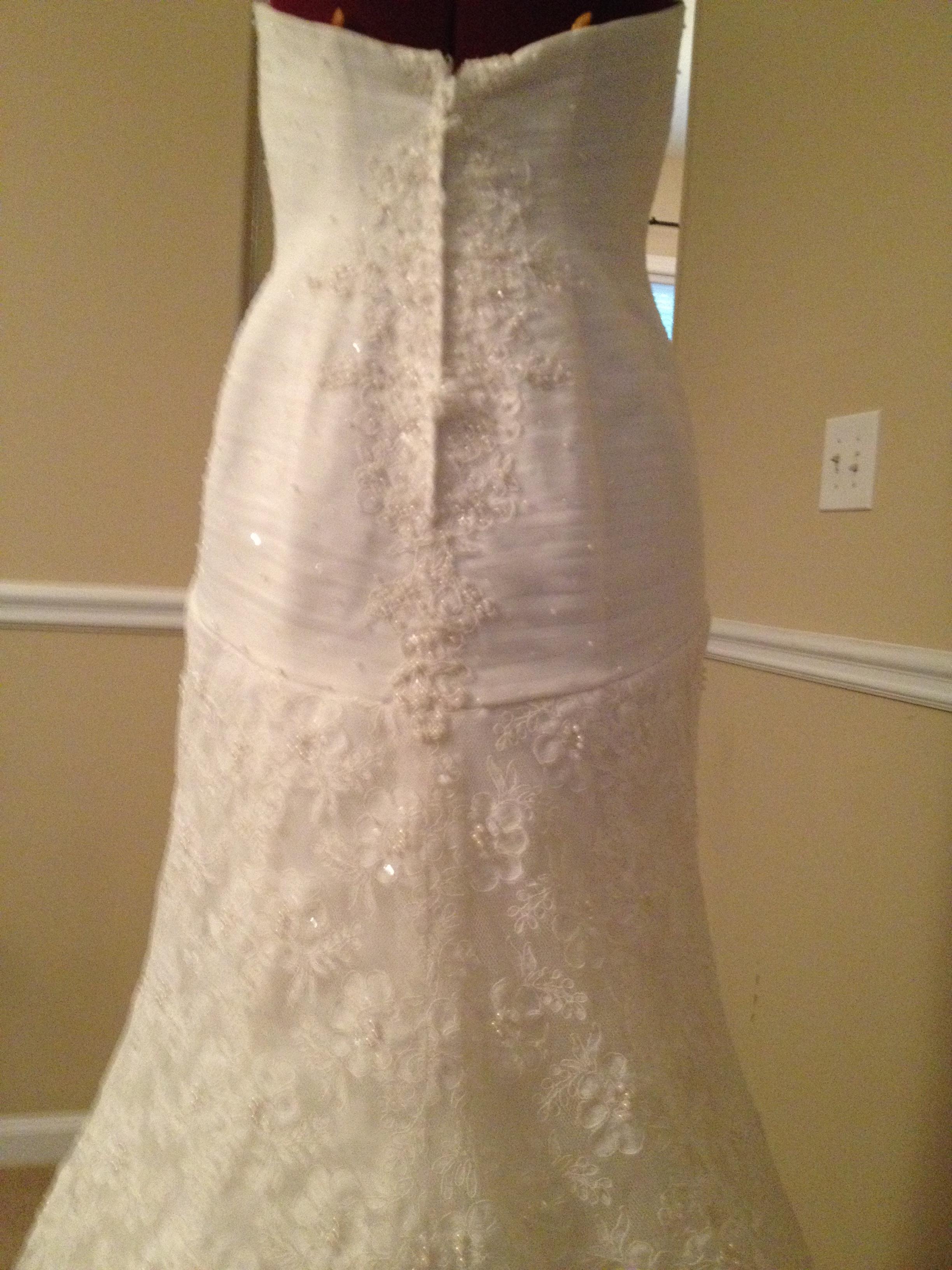 23582f4f0155 Oleg Cassini CRL277 Wedding Dress - New - Never Worn or Altered ...