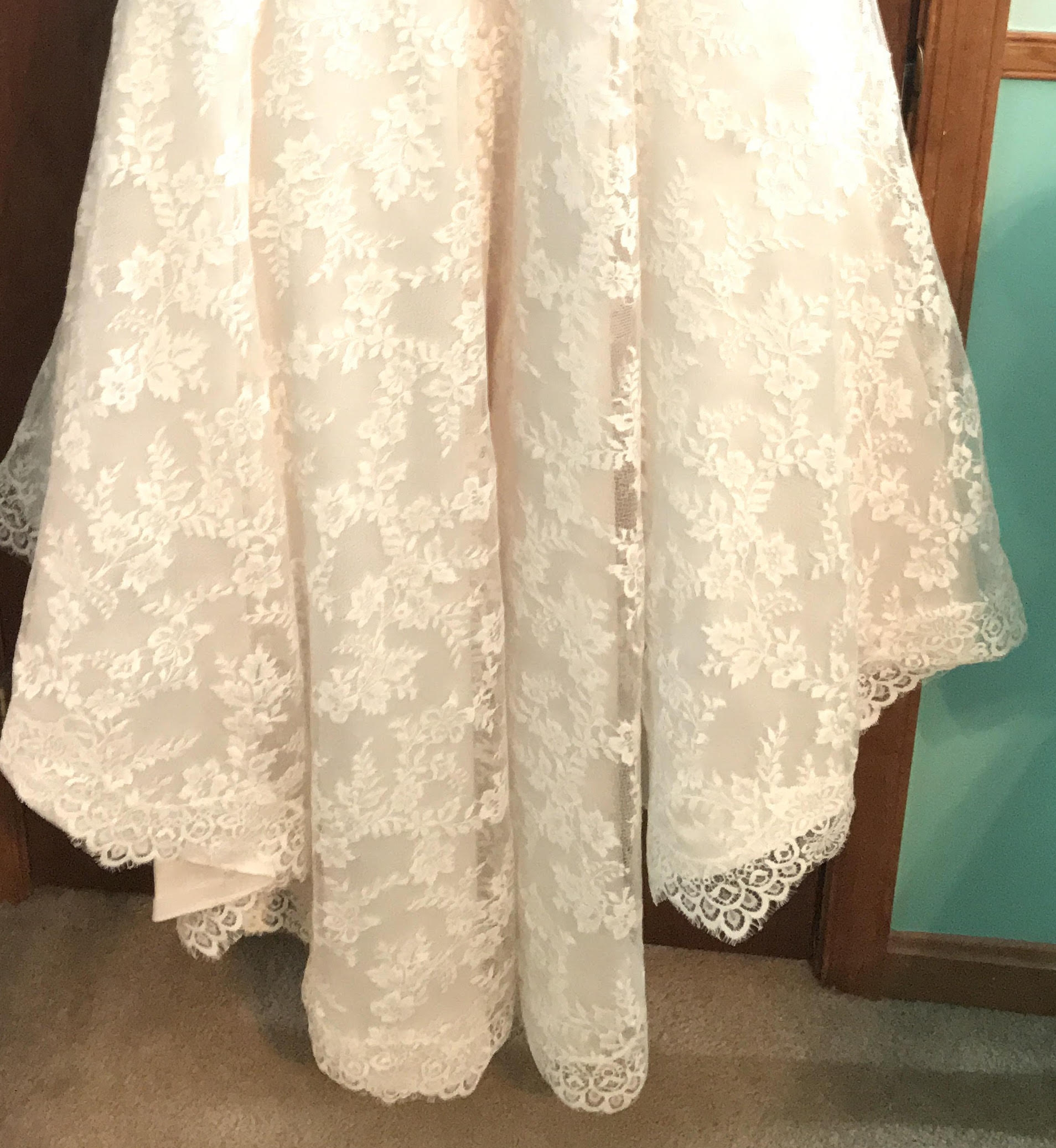 Beloved By Casablanca Ivory/Champagne Lace Wedding Dress Size 10 ...