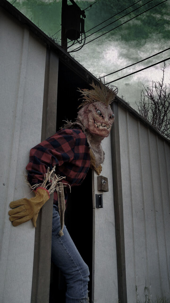 Simply Best >> Harold, the Scarecrow — Stan Winston School of Character