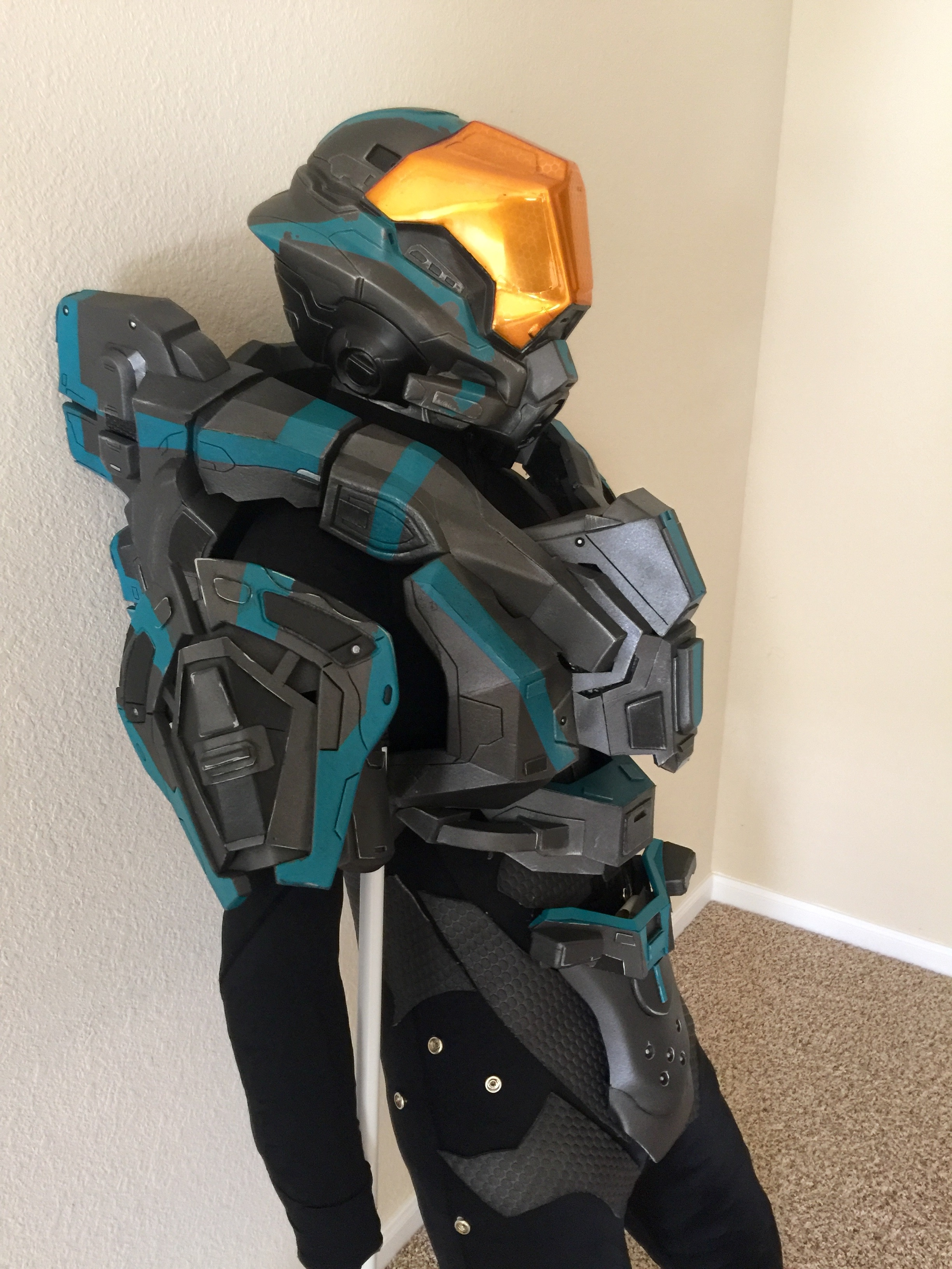 hey thanks for this opportunity to let us show our creativity my spartan was built from eva foam and and foam sheets for the undersuit patterns