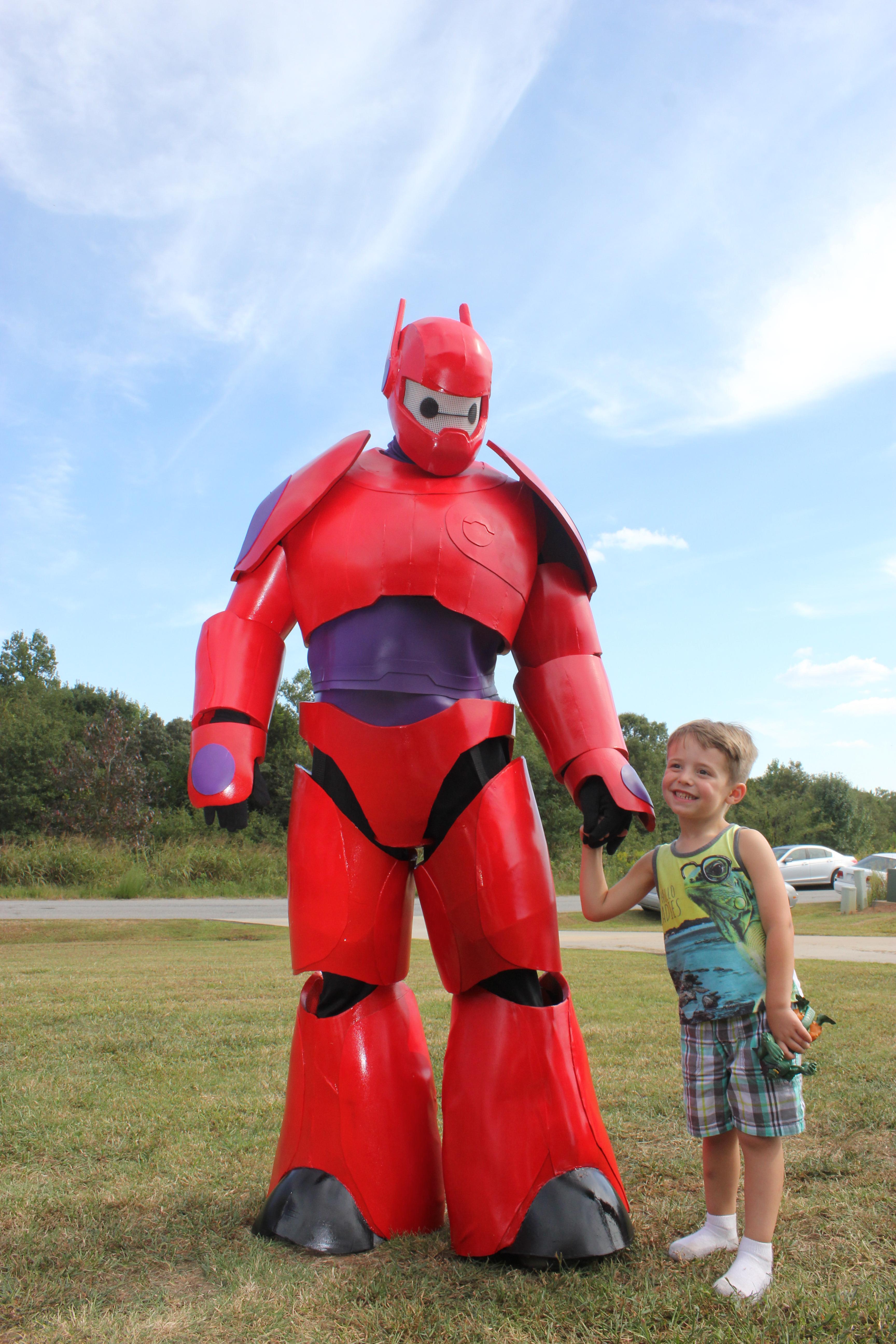 Costume Entry Baymax Big Hero 6 Stan Winston School Of Character Arts Forums