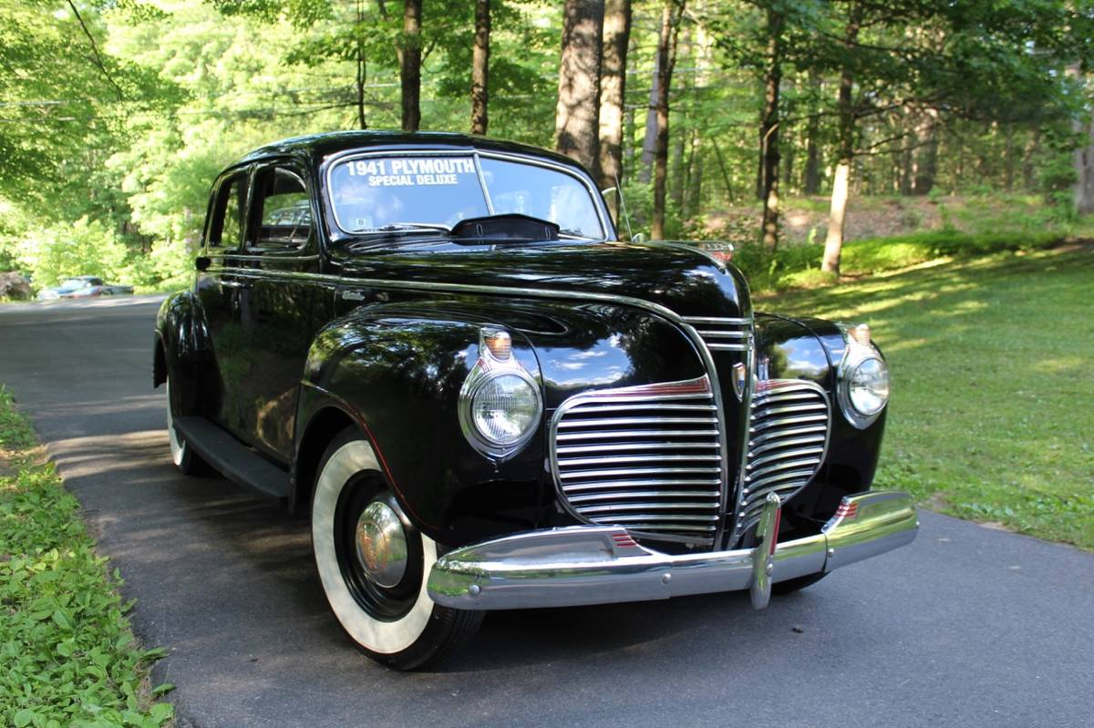 I Spotted An Insert Obscure Car Name Here Classic Today 1941 Plymouth Deluxe 2 Door Https Westernmasscraigslistorg Cto D Special 6615328408html