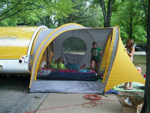 7543584998_6cb88b4959.jpg 145.5K & Tent to attach to T@B