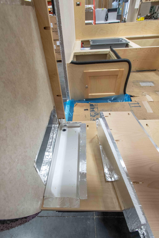 Photos de T@B 320 d'usine montrant les emplacements des objets avant qu'ils ne soient cachés dans les murs 5wsf8ra9bbbz