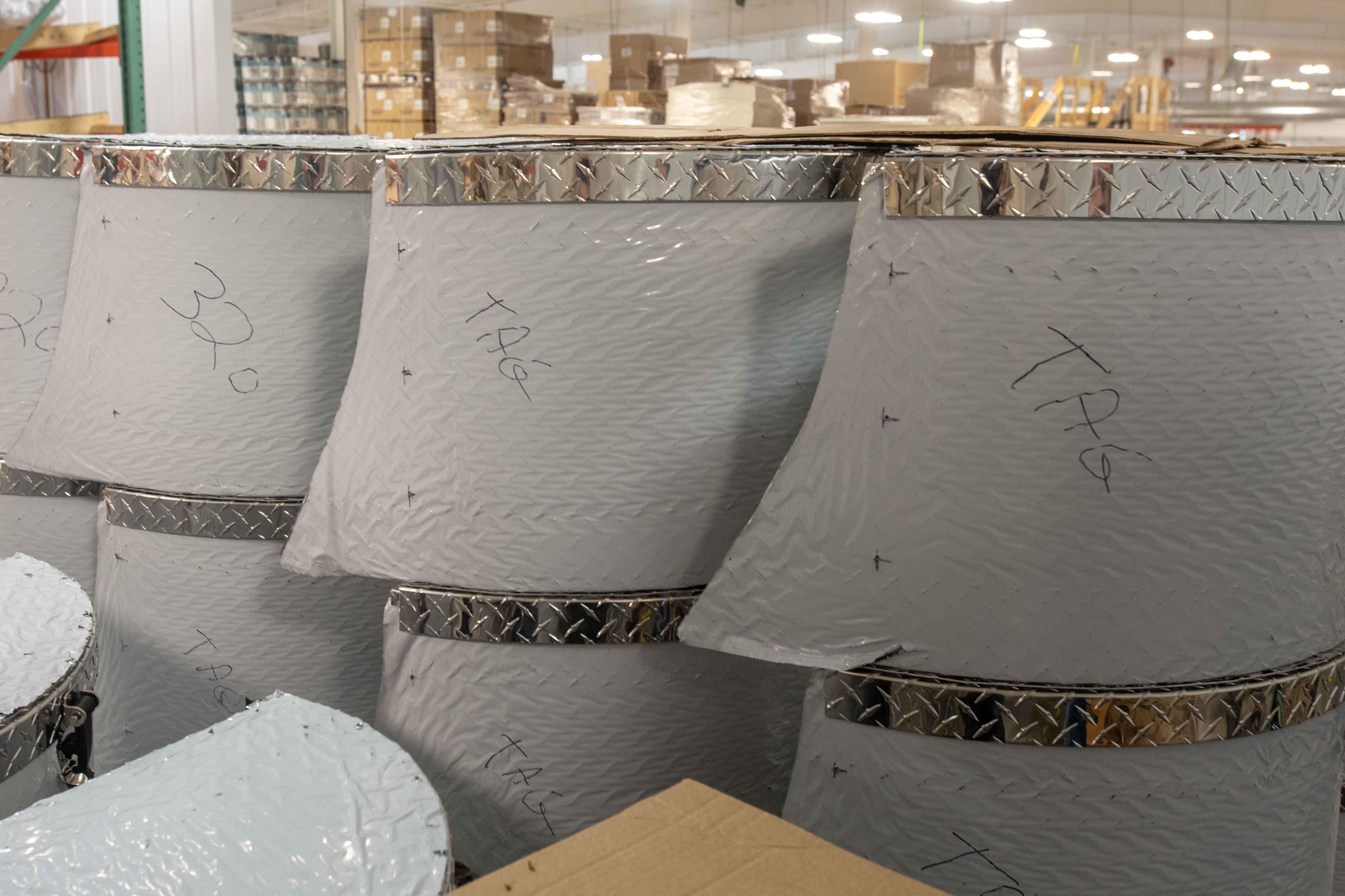 Photos de T@B 320 d'usine montrant les emplacements des objets avant qu'ils ne soient cachés dans les murs S3kdv1lzrv1d