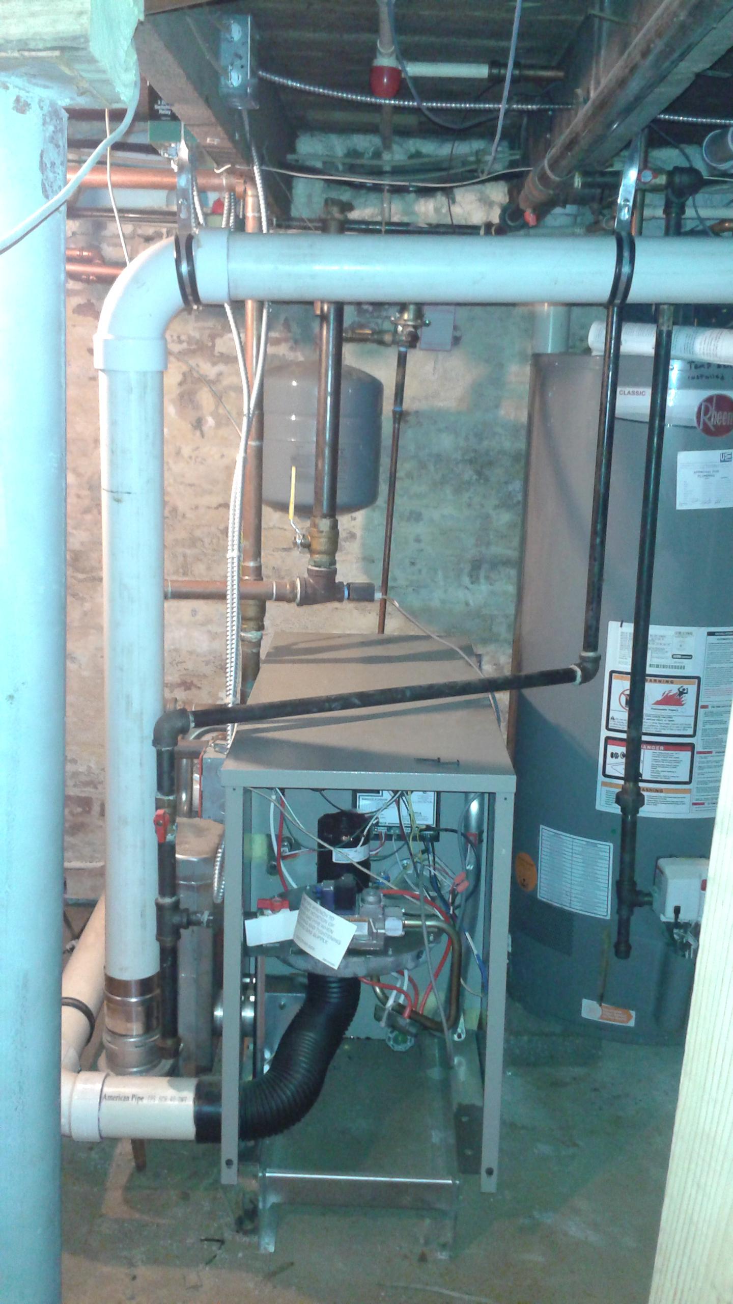 Weil McLain GV90+ Gas Boiler 140K BTU\'s- 3 years young - Temp is ...