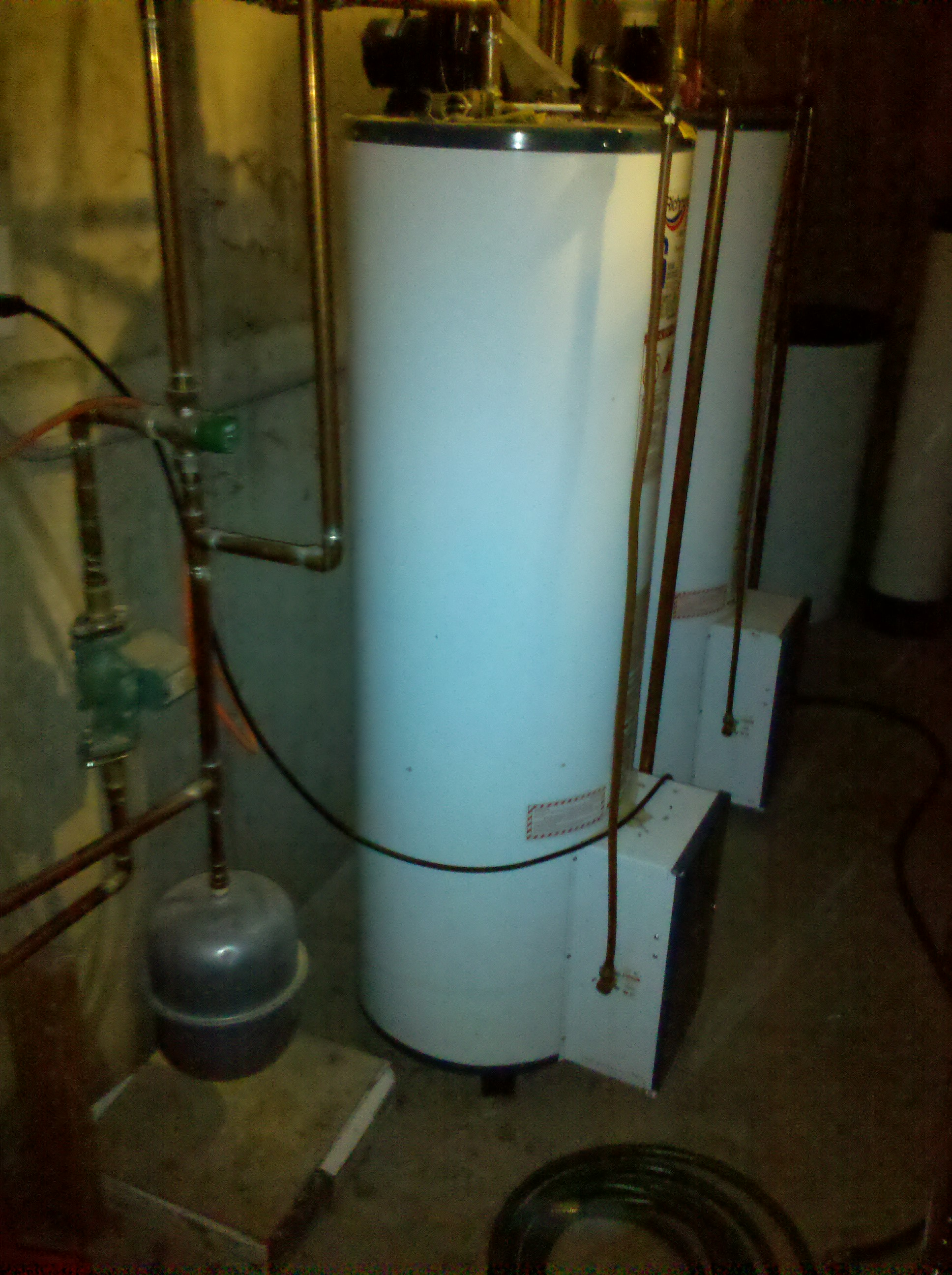 Floor Heat: Floor Heat Using Hot Water Tank