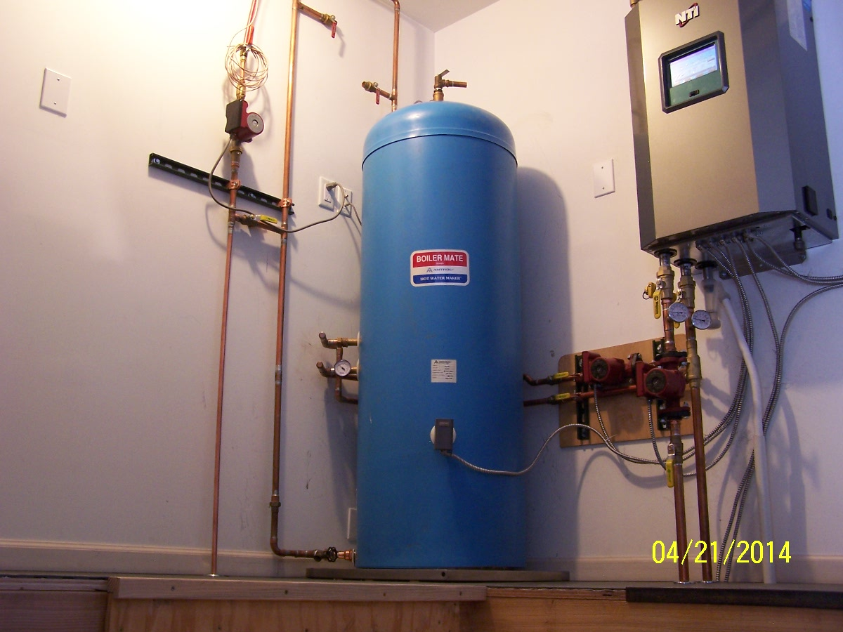 Piping a Wallhung Modcom for concrete radiant  — Heating