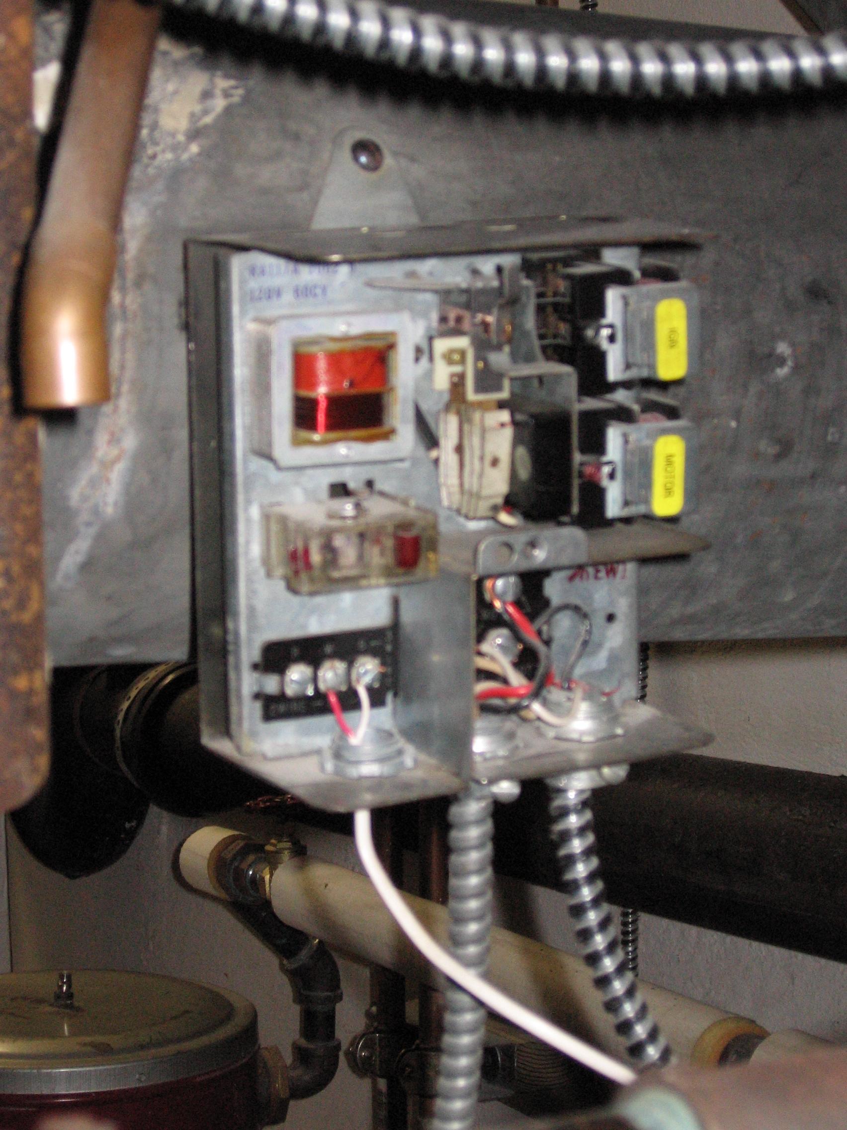 Relay Control Question For Hot Water Loop Off Steam Boiler Heating Ribu1c Wiring Img 9813