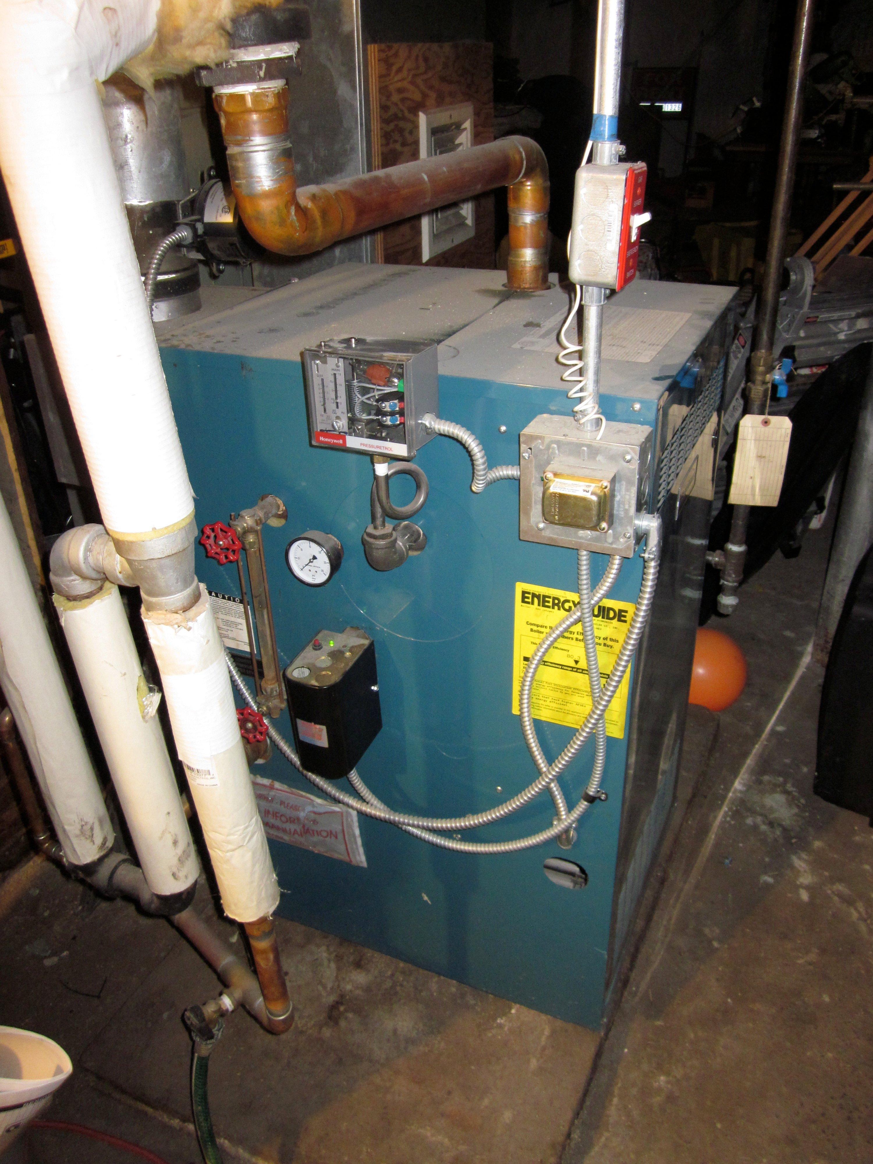 IMG_4280 pressuretrol setting on burnham heating help the wall honeywell pressuretrol wiring diagram at nearapp.co