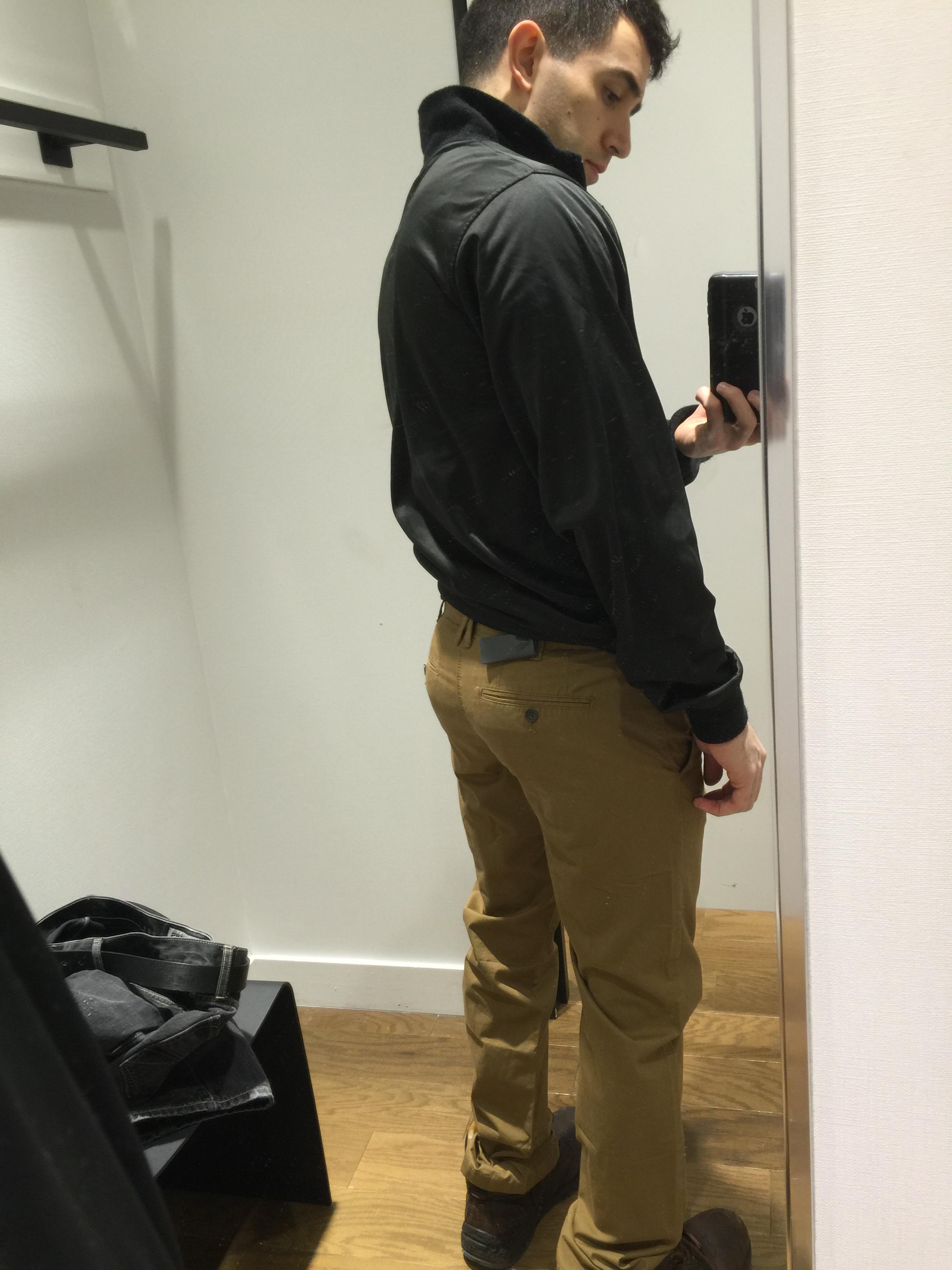 Guy bubble butt