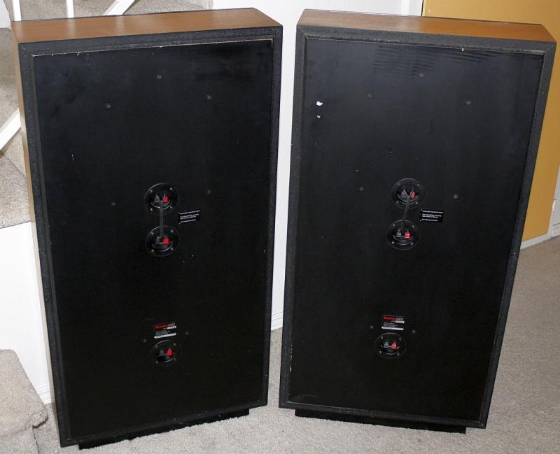 Boston A400 Speakers Back-s.JPG