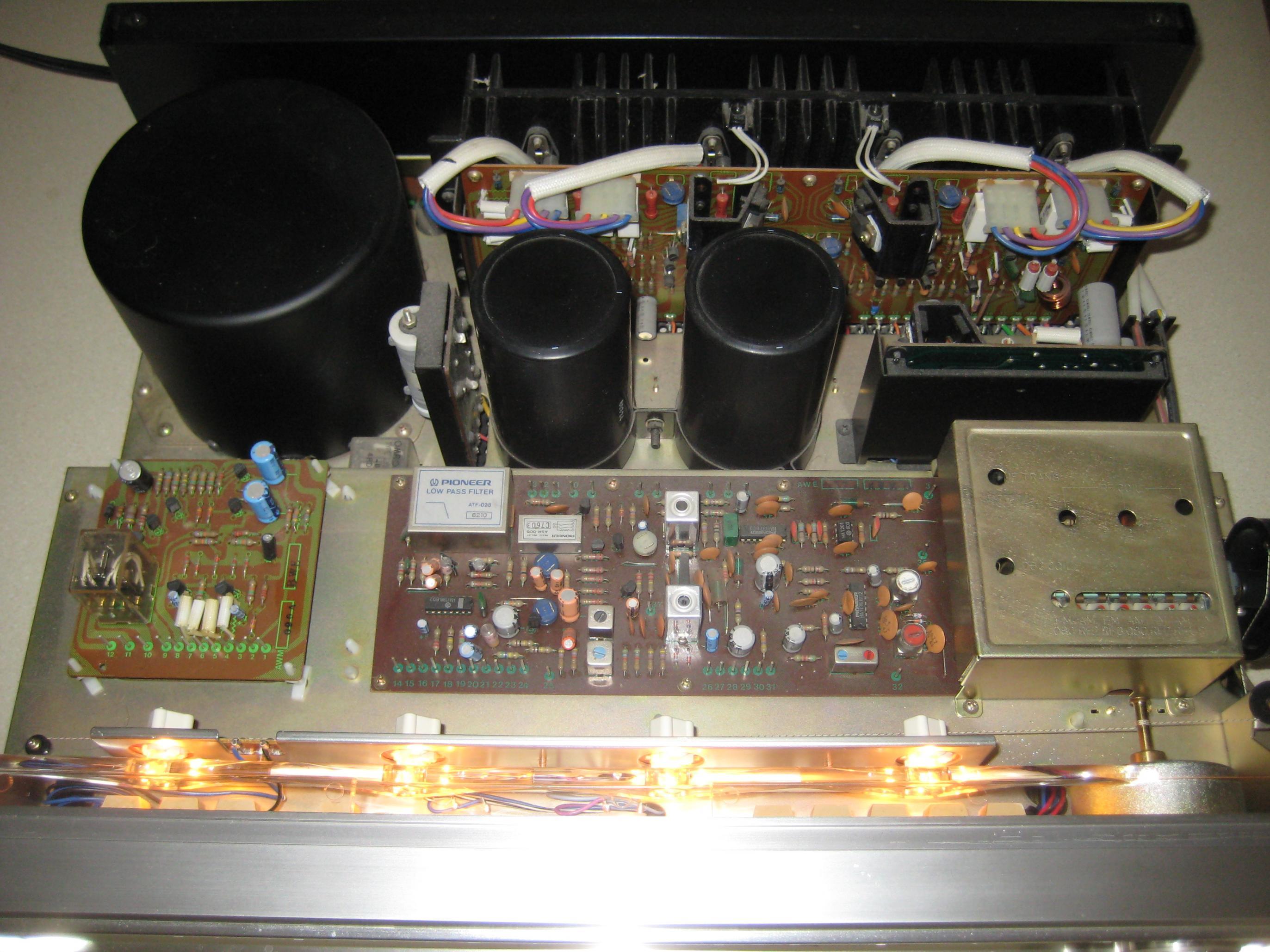 excellent pioneer sx 1050 120w ch am fm receiver 1976. Black Bedroom Furniture Sets. Home Design Ideas
