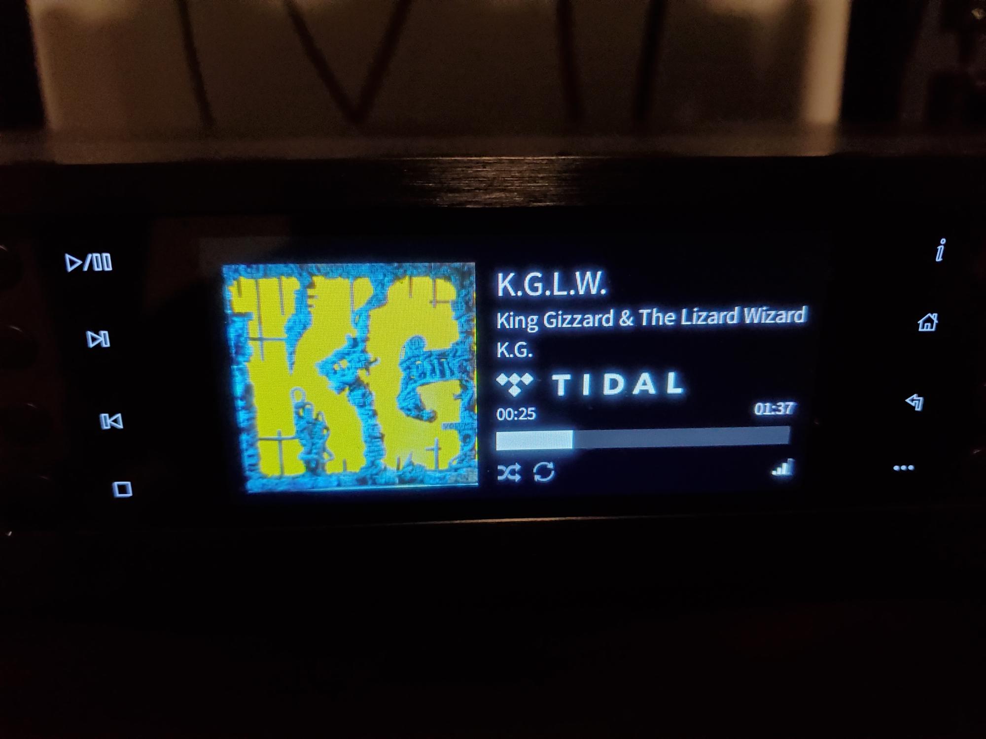 kx71jxw7n8x0.jpg
