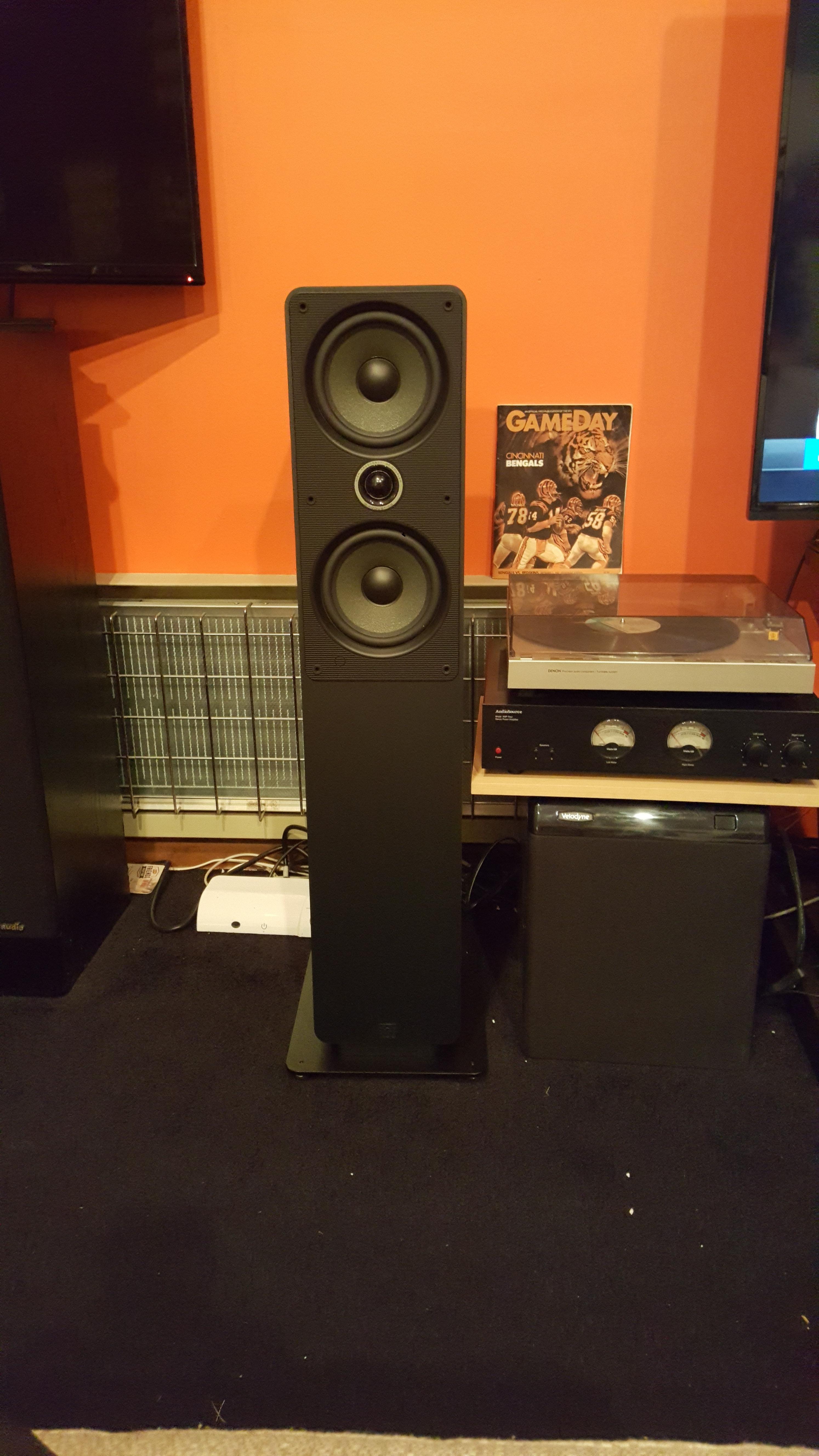 Q acoustics — Polk Audio