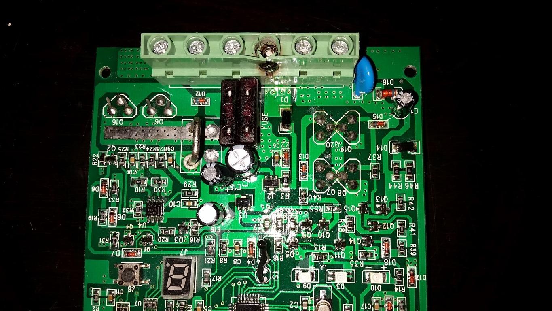 Frying 30A PWM Charge Controller — northernarizona-windandsun