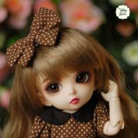 pinklip (INT1)