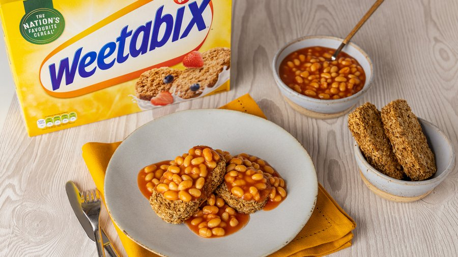 baked beans poured over weetabix