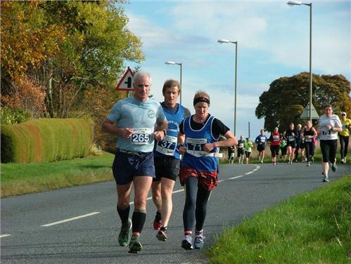 /members/images/696098/Gallery/Culloden_Run_2013_2_miles.jpg