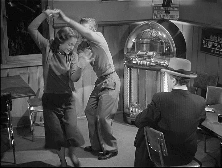 asphalt-jungle-sam-jaffe-juke-box.jpg
