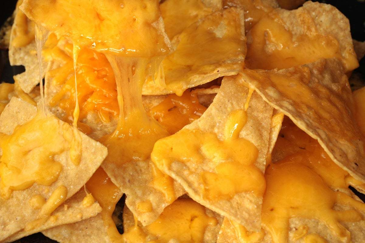 28062_basic_cheese_nachos.jpg
