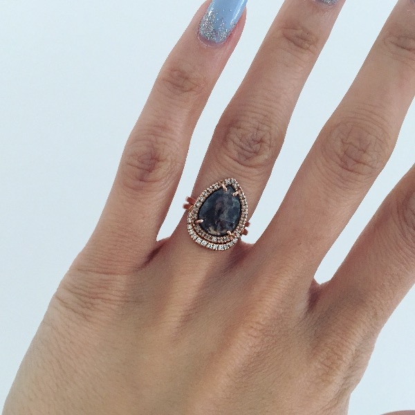 1.8K BLACK DIAMOND EARRINGS (6mm