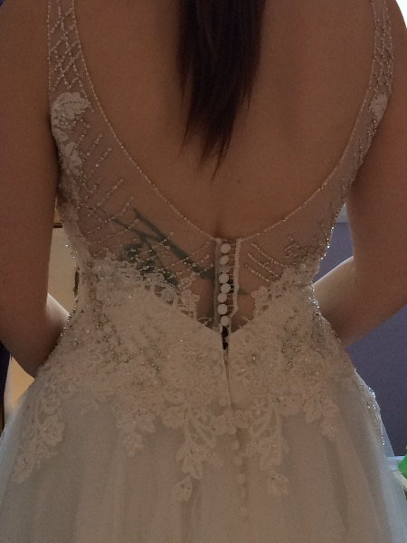 What Happens If Dress Doesnt Fit At First Fitting You Your Wedding