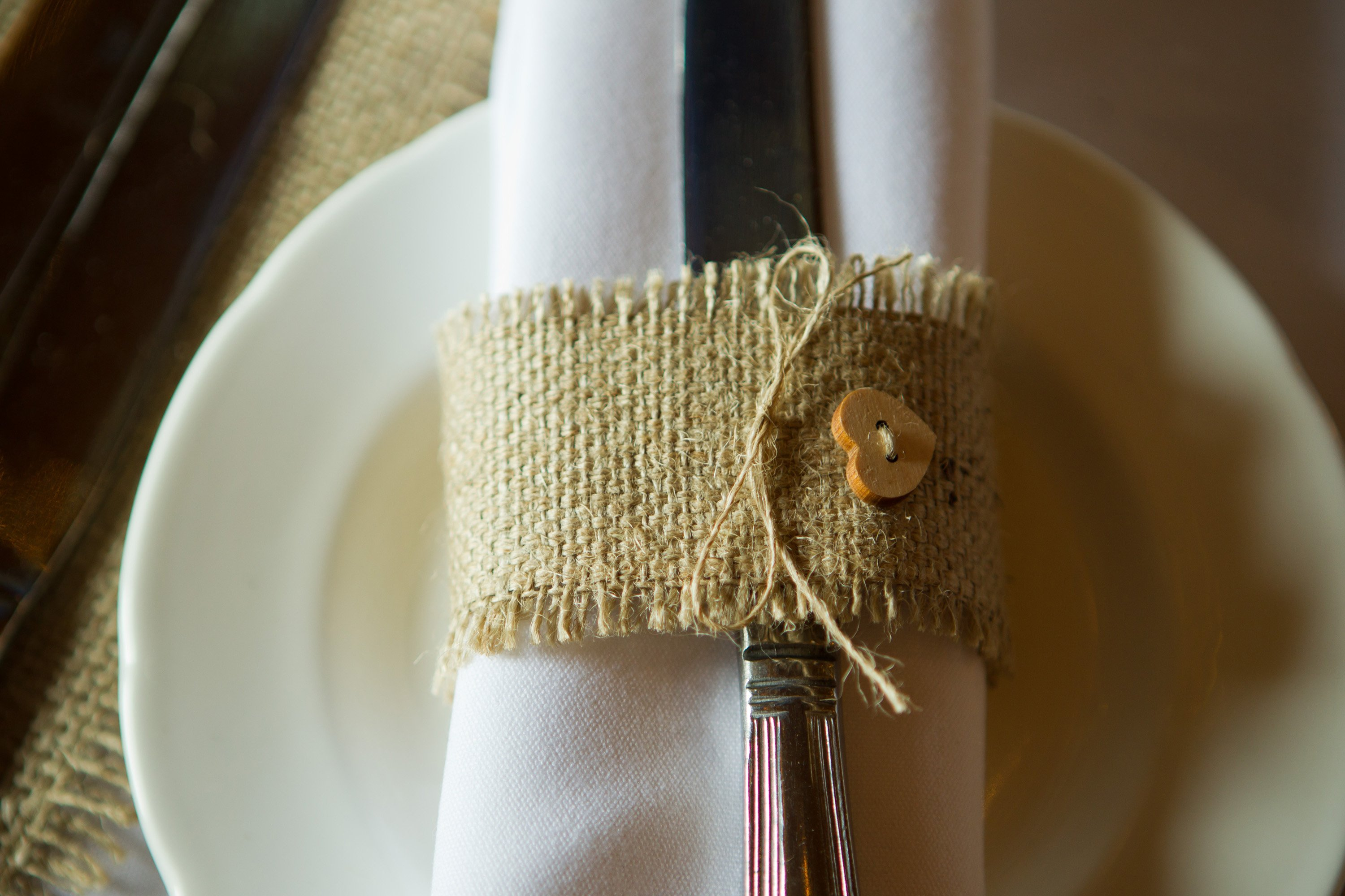 Hessian/burlap napkin rings for sale with wooden heart