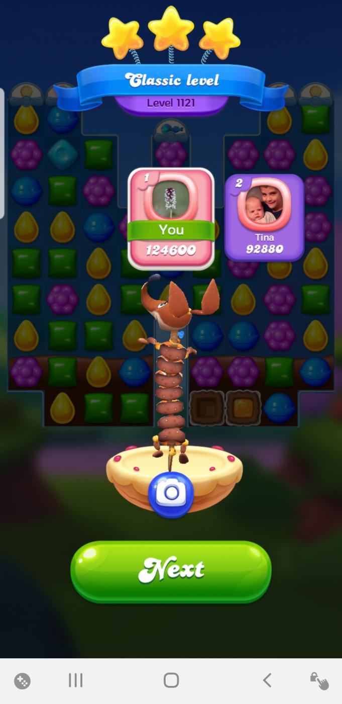 Screenshot_20200408-103212_Candy Crush Friends.jpg